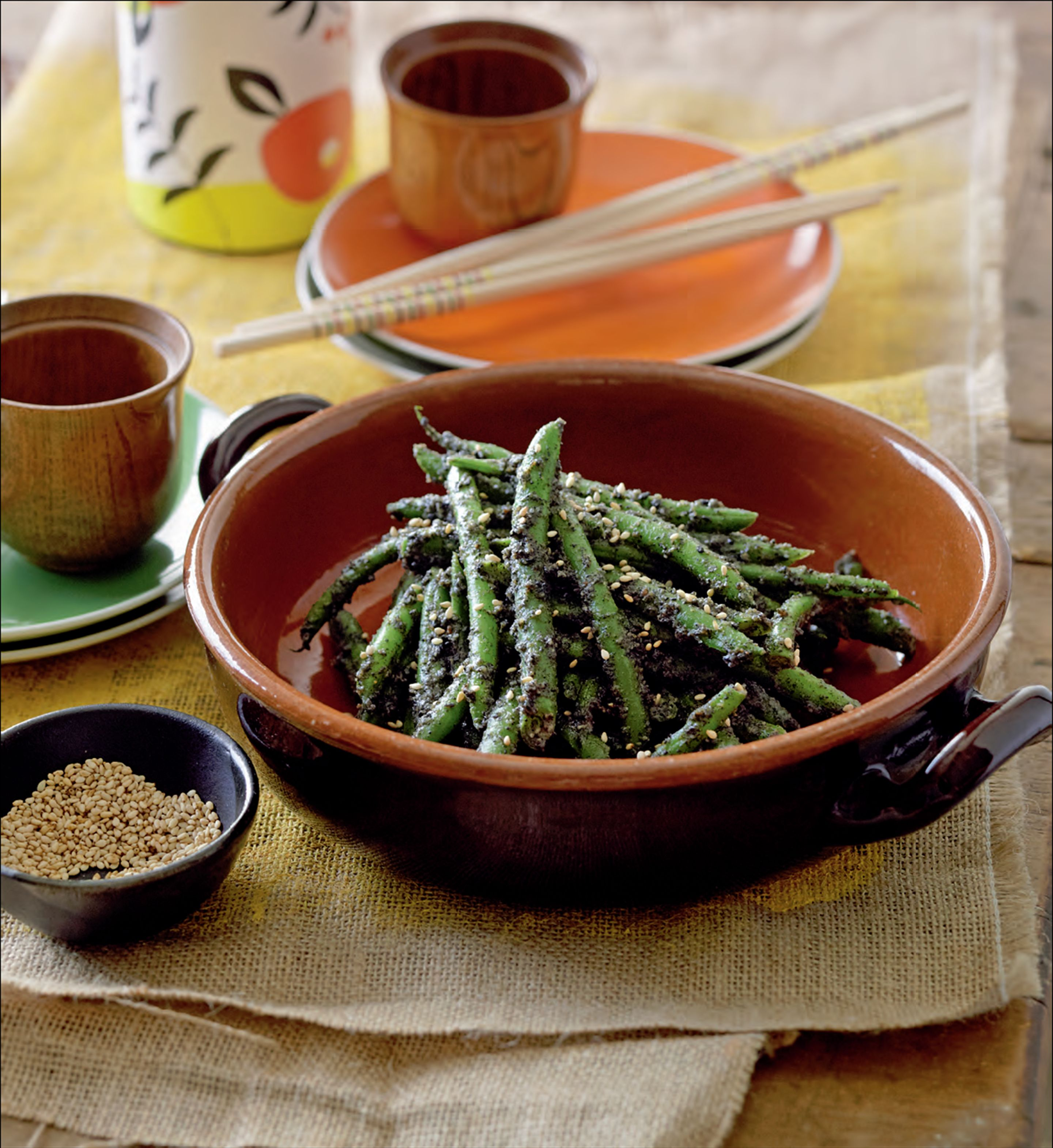 Green beans with black sesame dressing