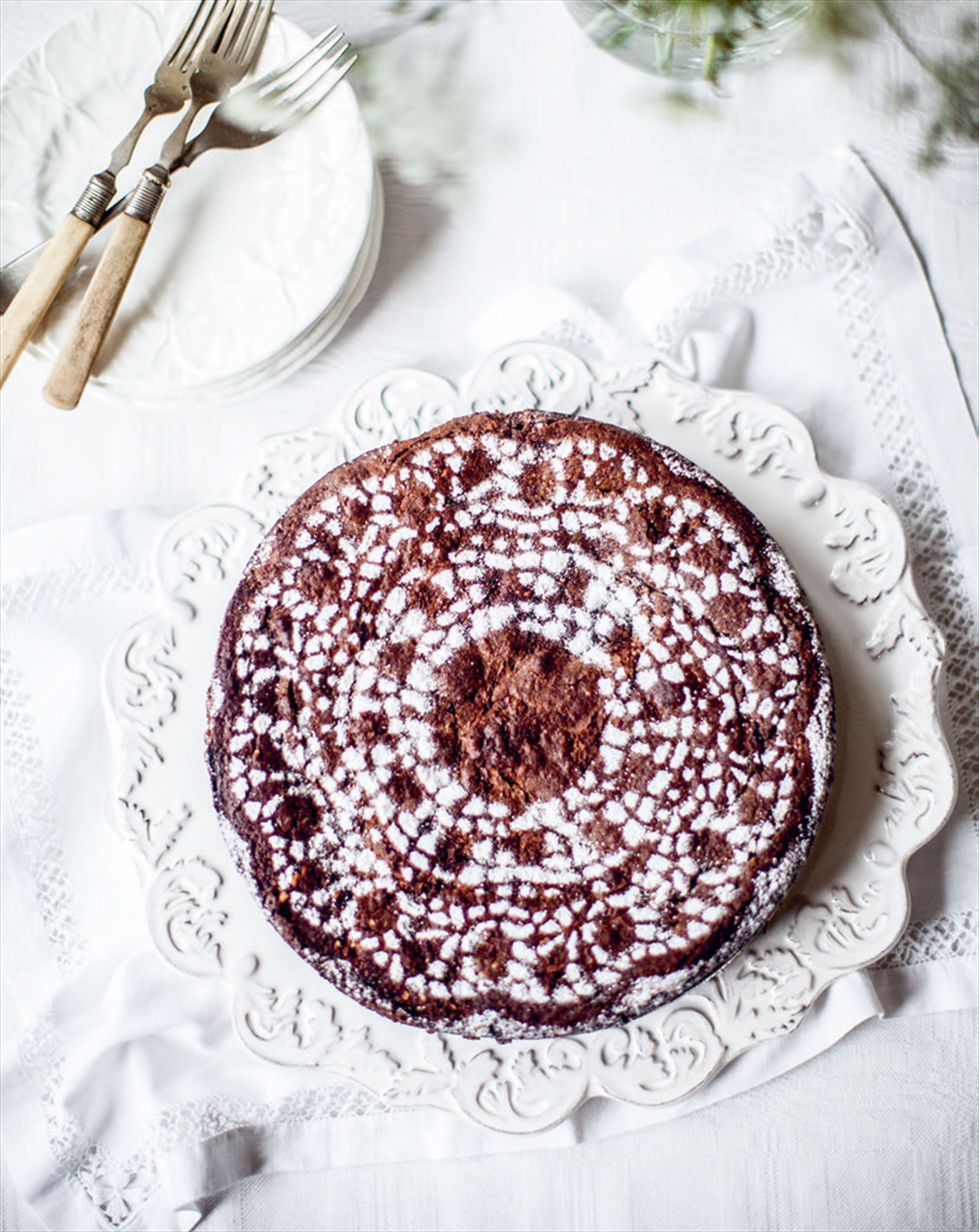 Chocolate & almond cake