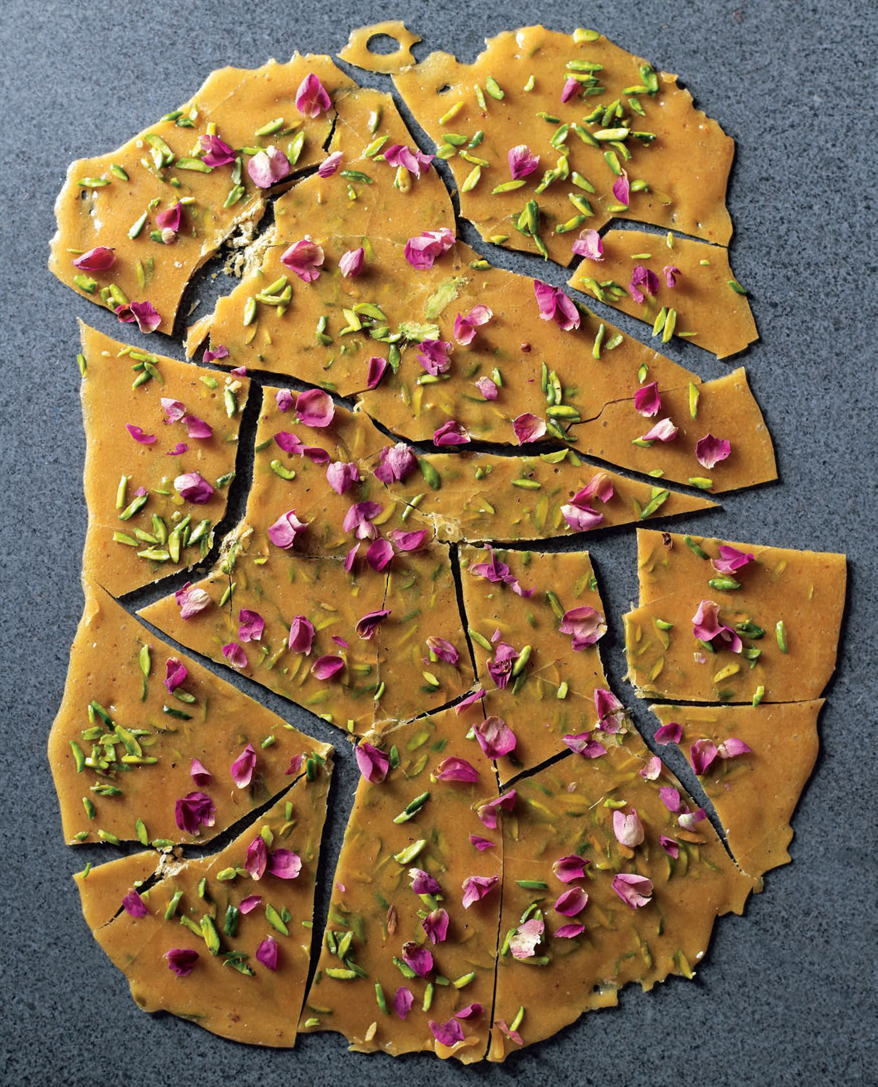 Pistachio–rose brittle