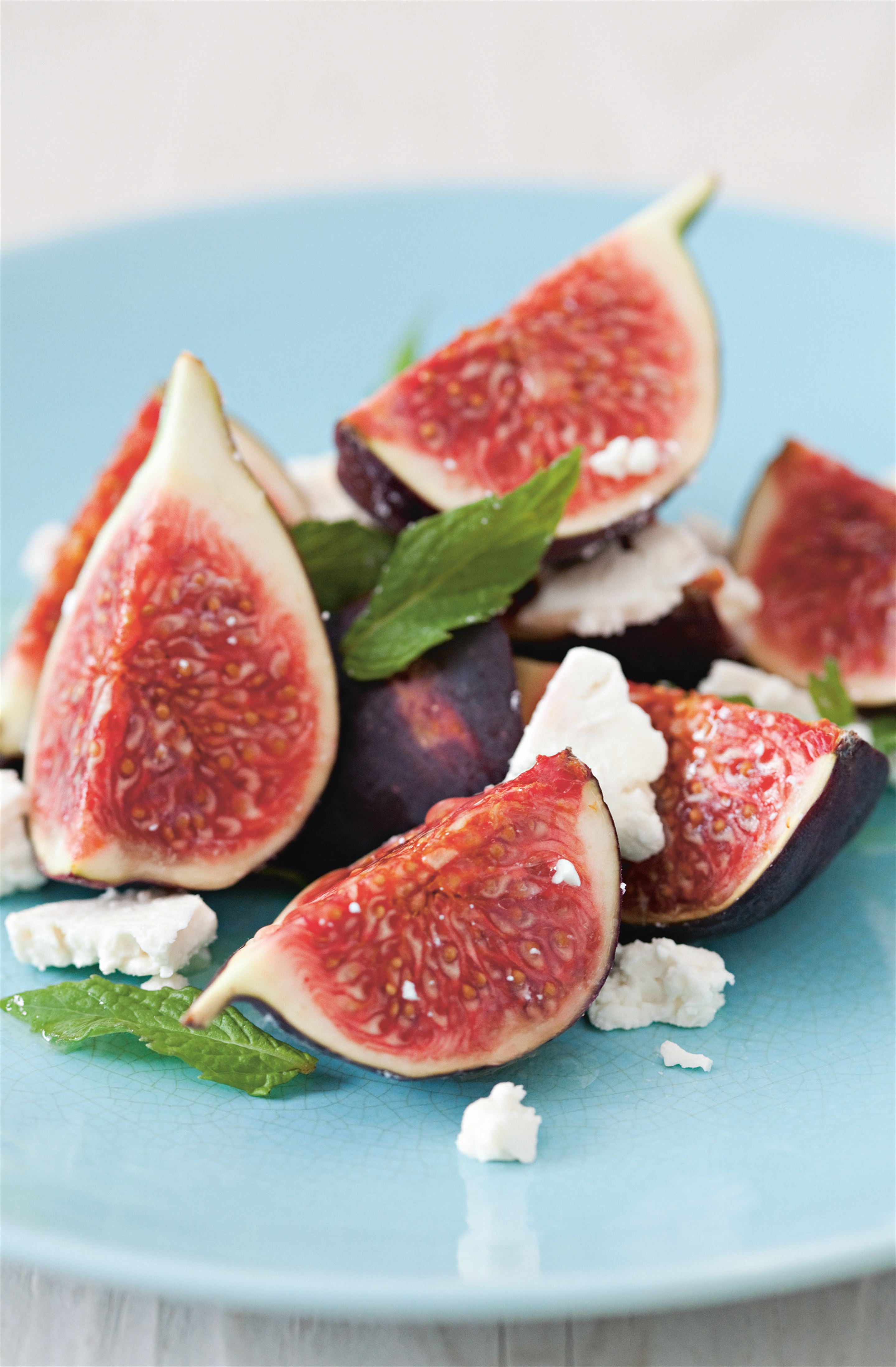 Figs with feta and mint
