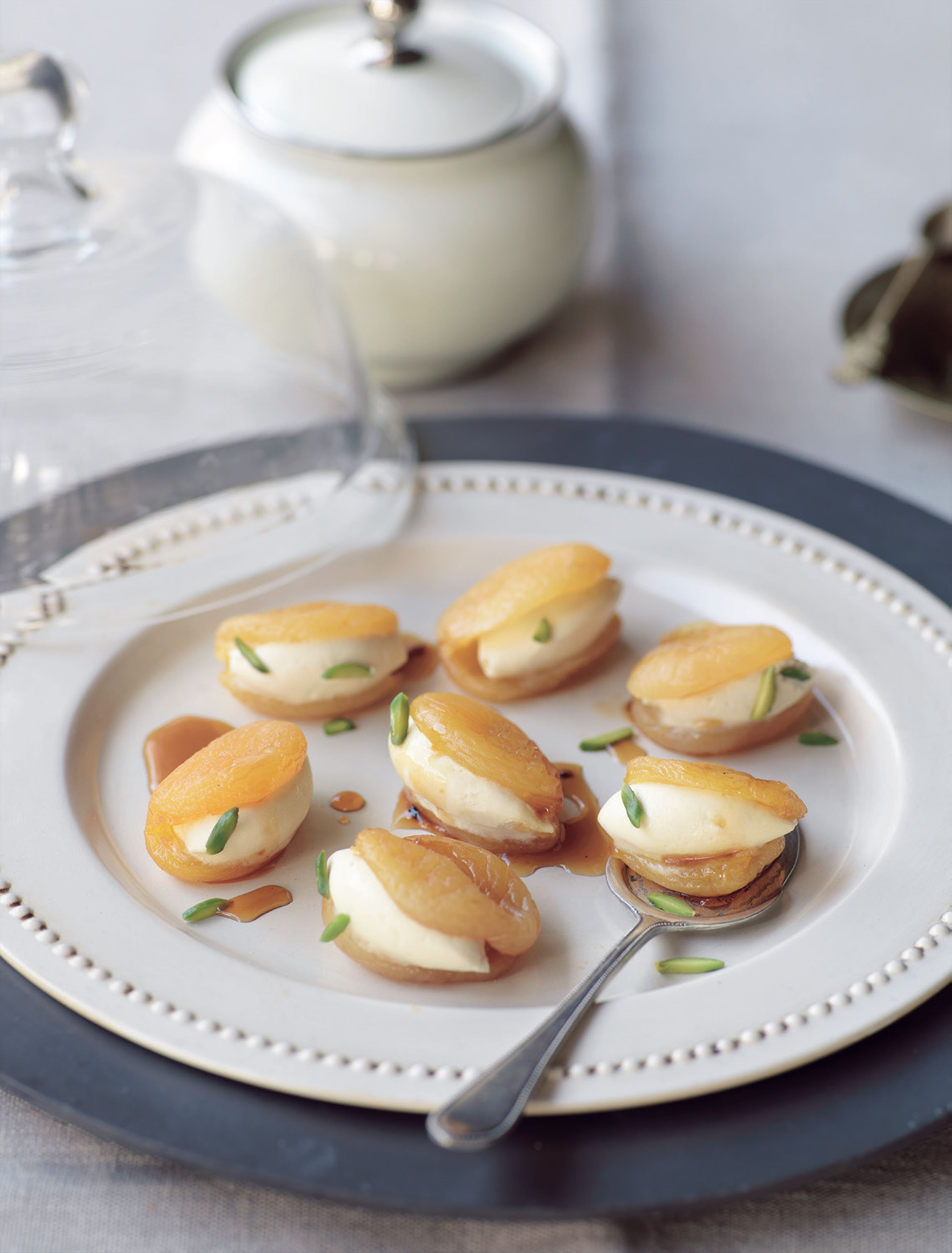 Sticky apricots stuffed with clotted cream