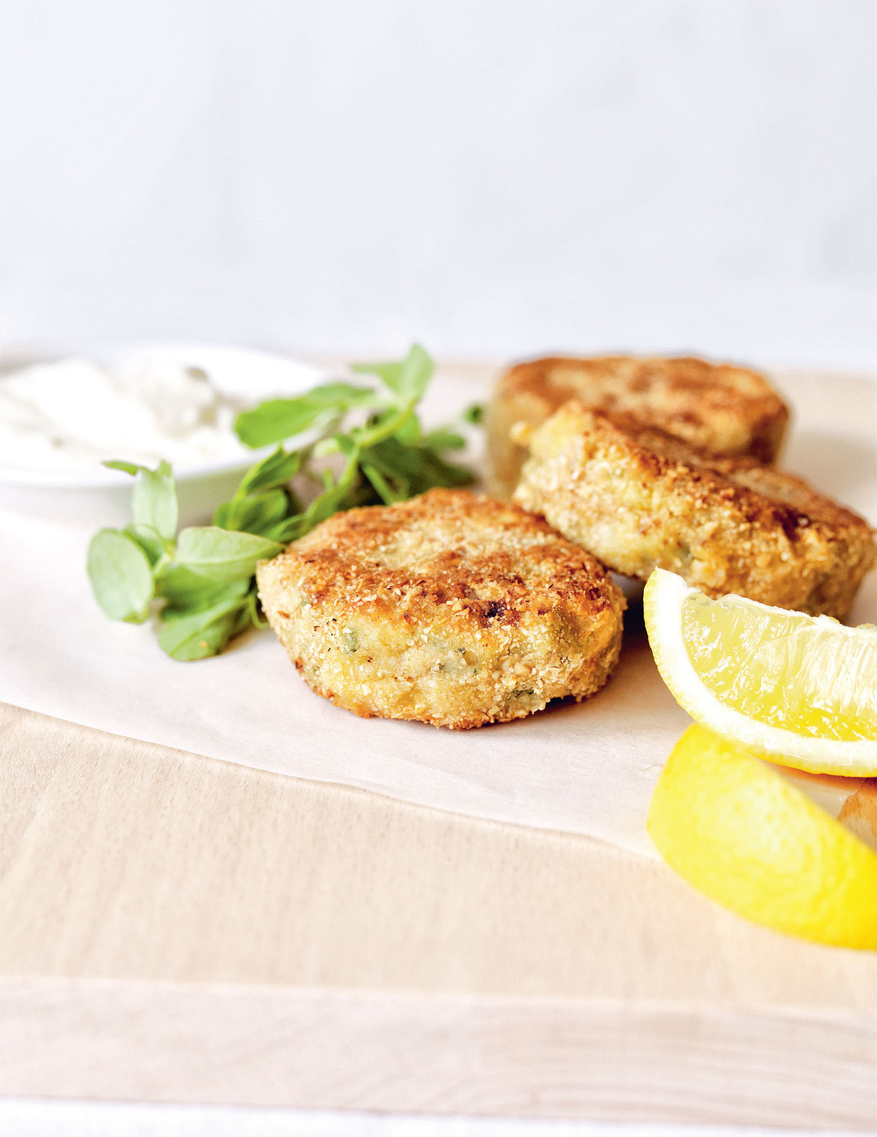 Mackerel & oat fishcakes with horseradish mayonnaise