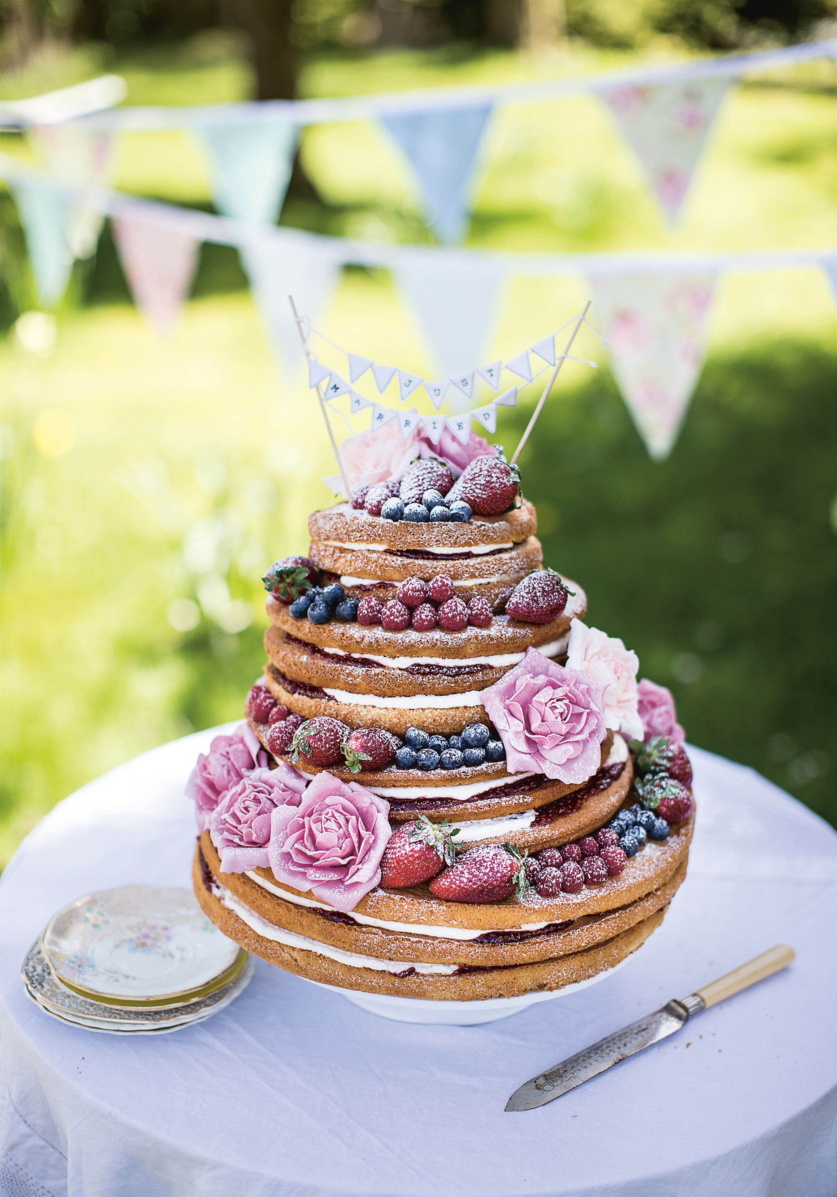'Naked' Victoria sponge wedding cake