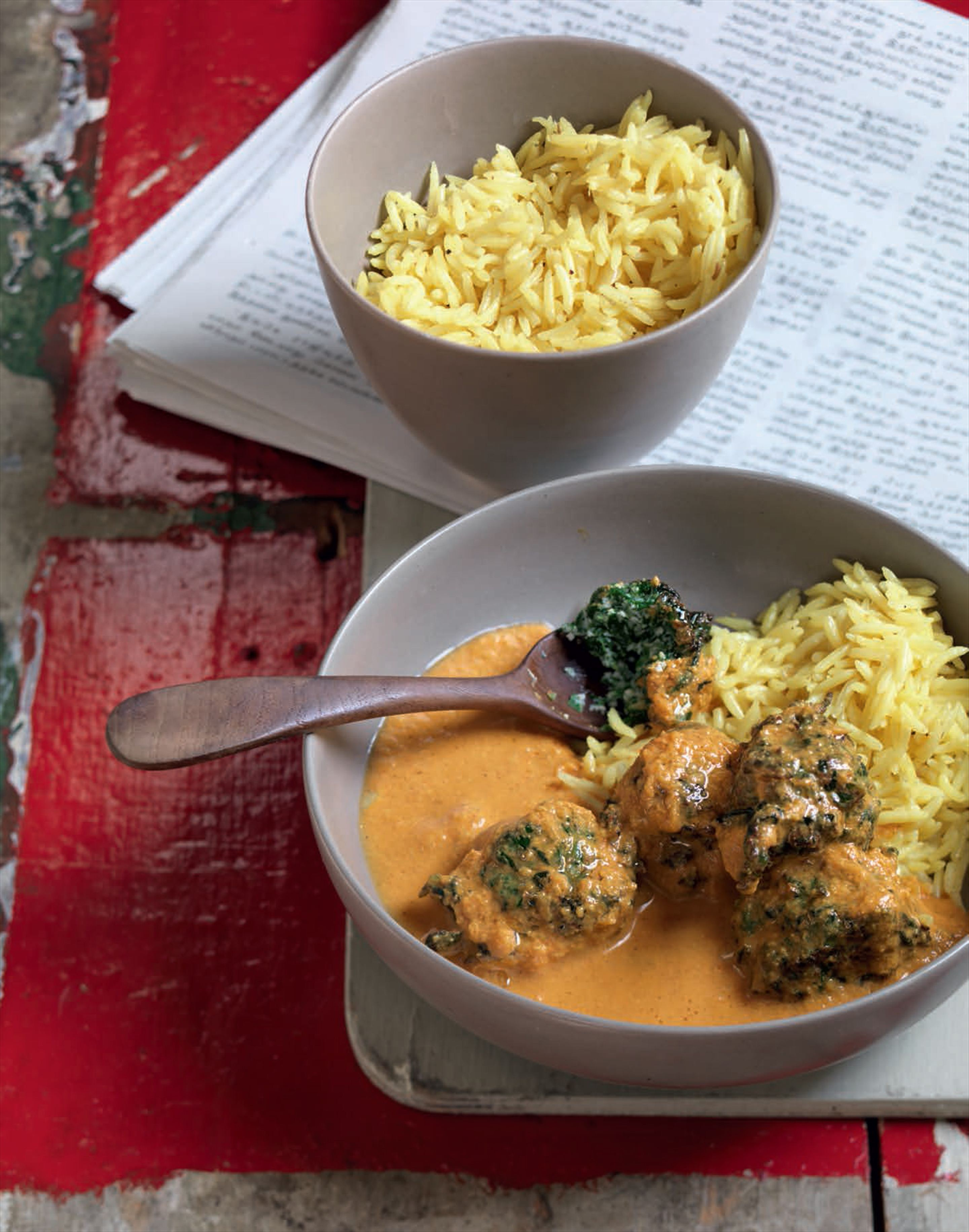 Fluffy spinach koftas in a creamy tomato curry