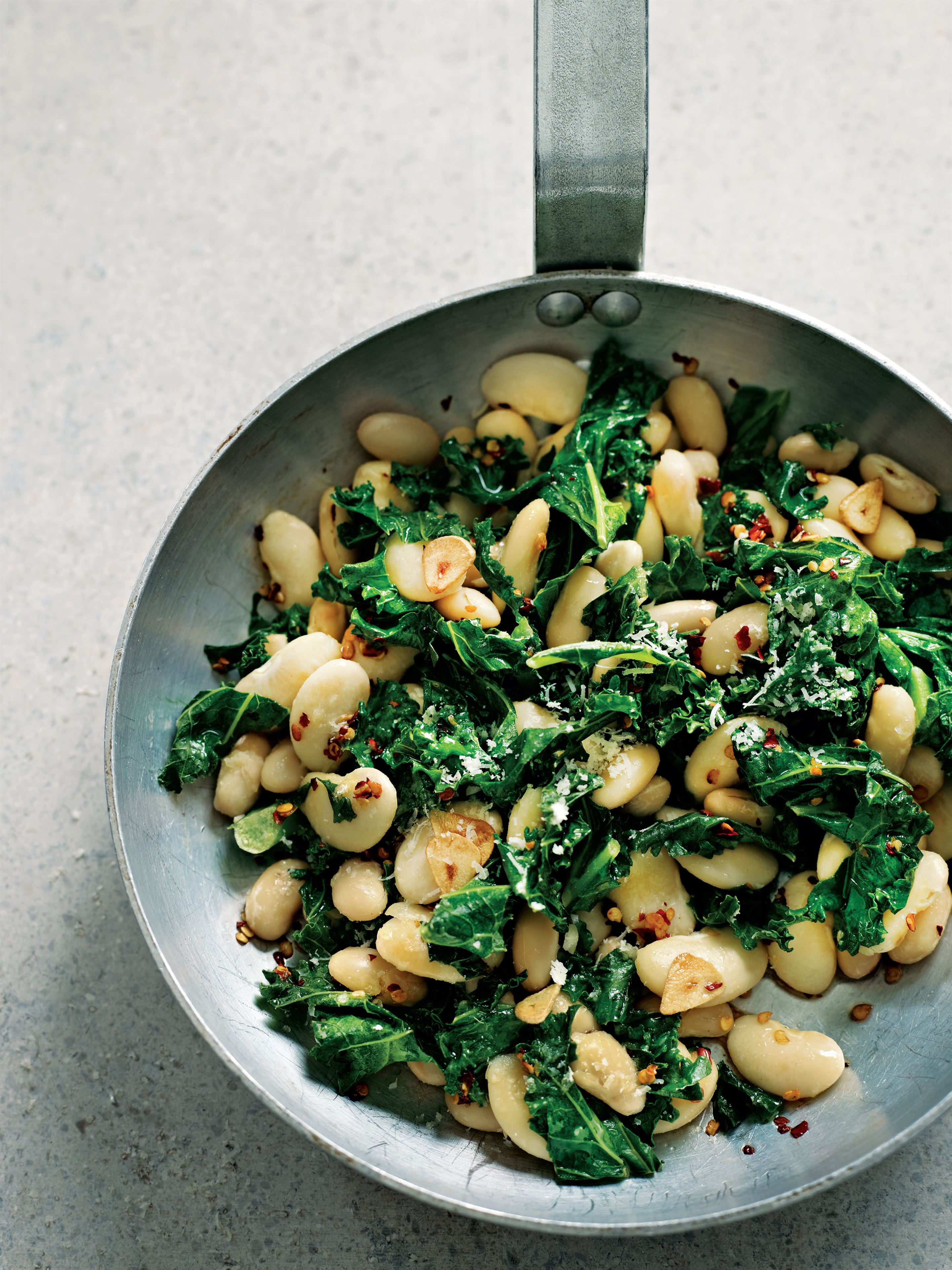 Garlicky white beans with kale and Parmesan