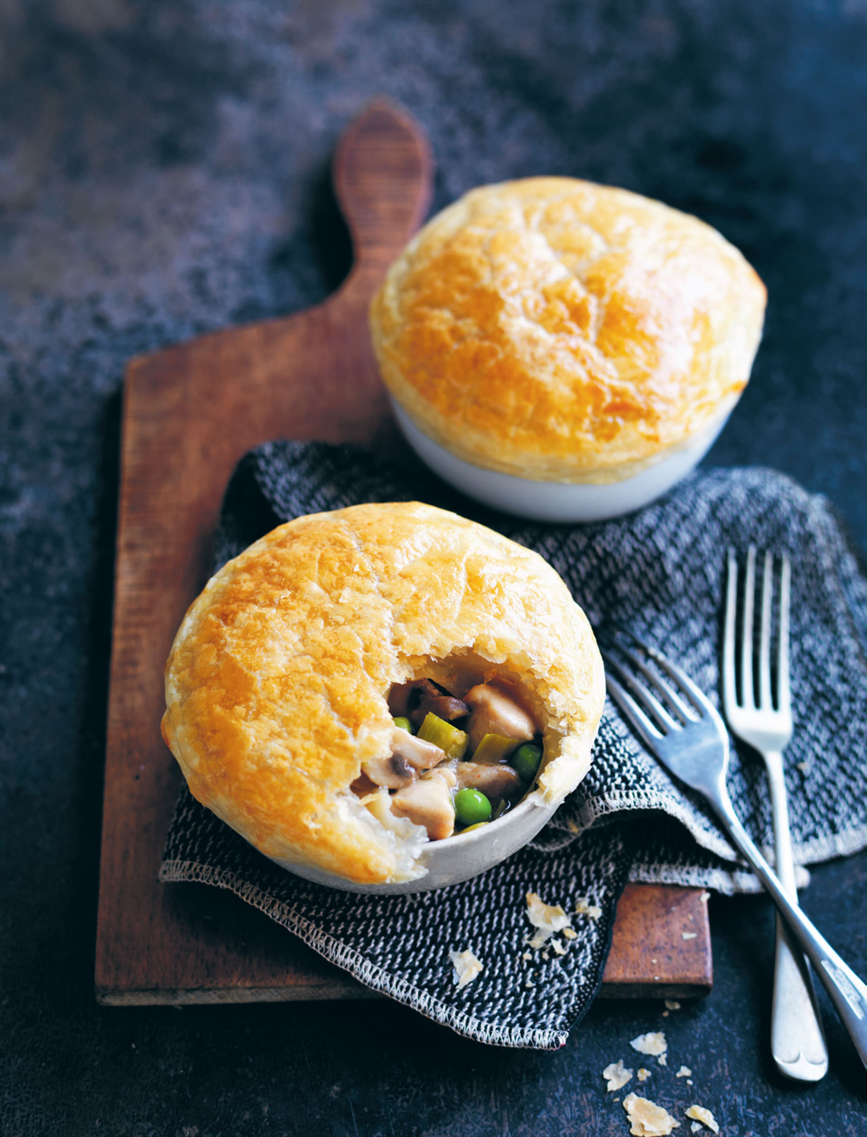 Chicken, mushroom and leek pot pies