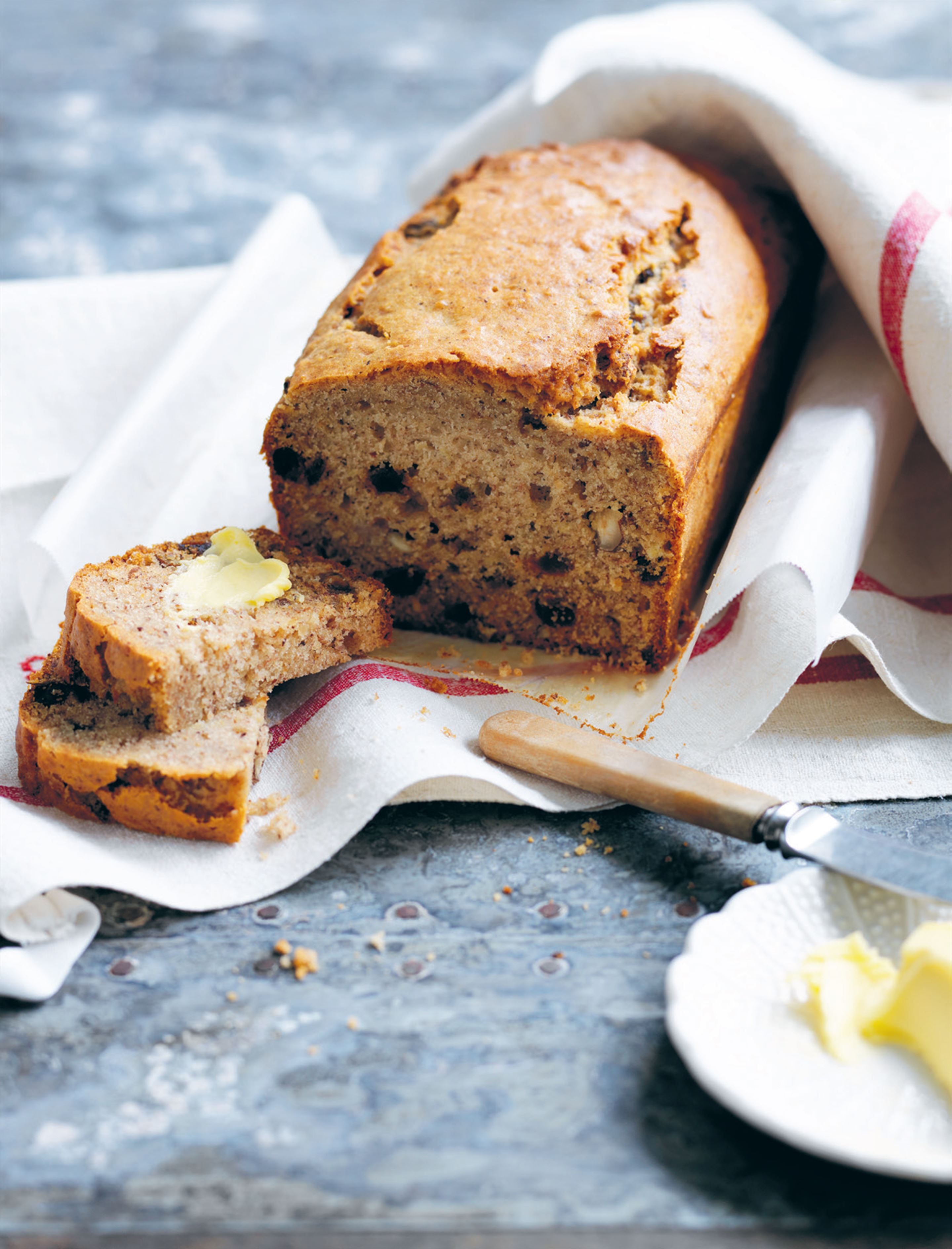 Banana, hazelnut and honey bread