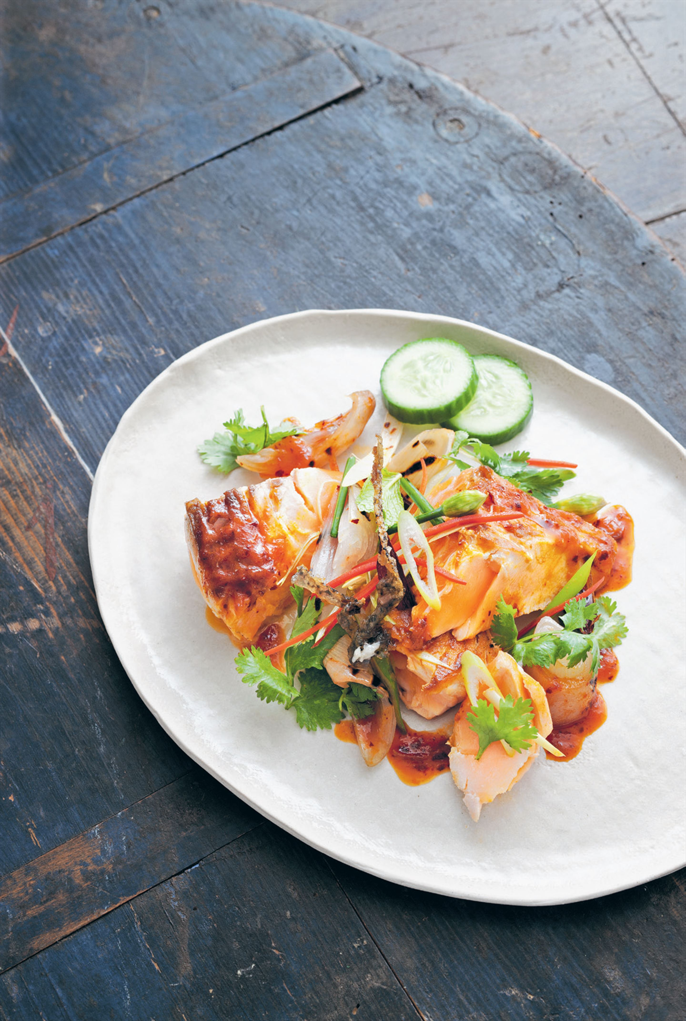 Seared salmon salad with a roasted shallot and chilli dressing