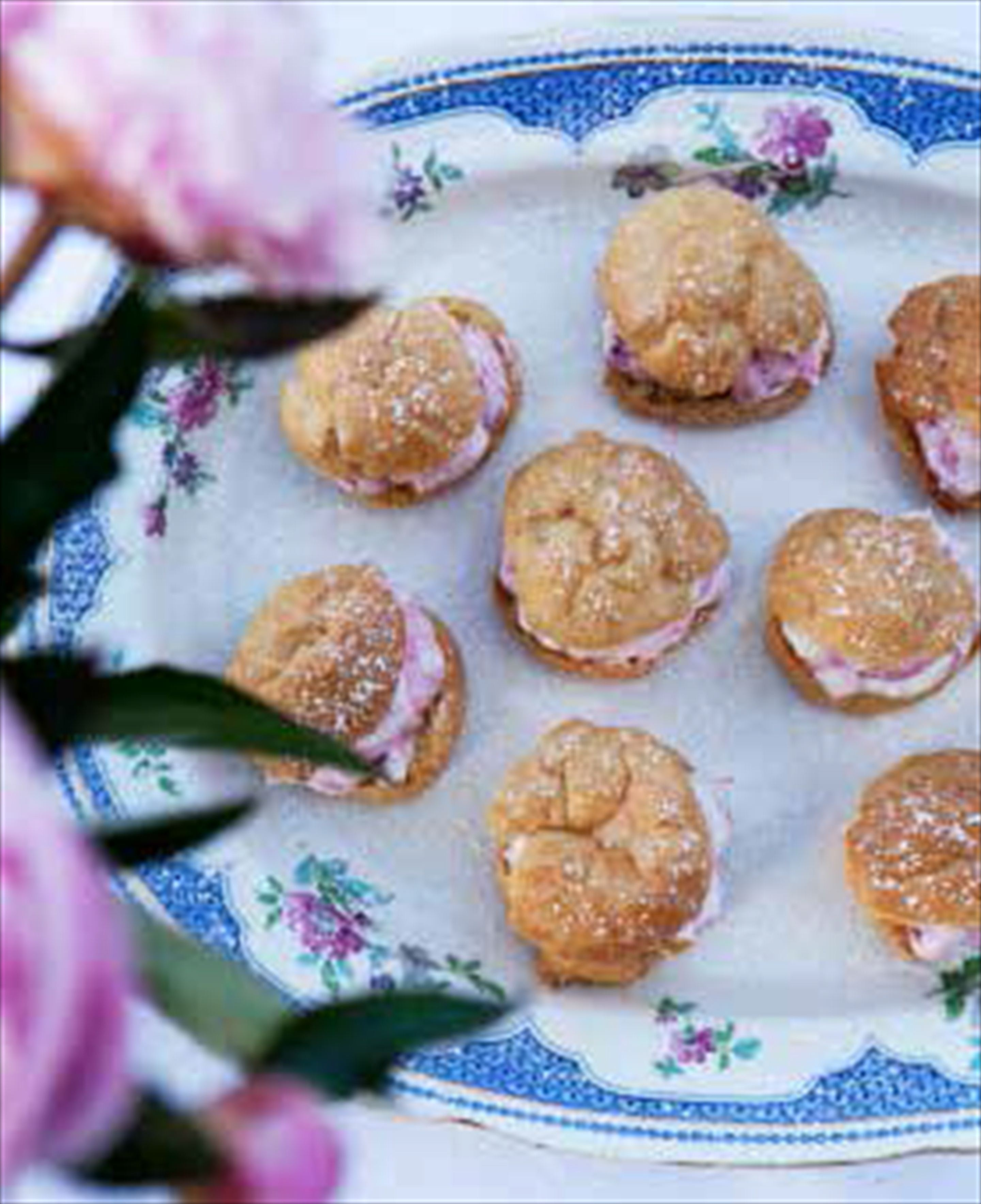Choux pastries with rhubarb cream