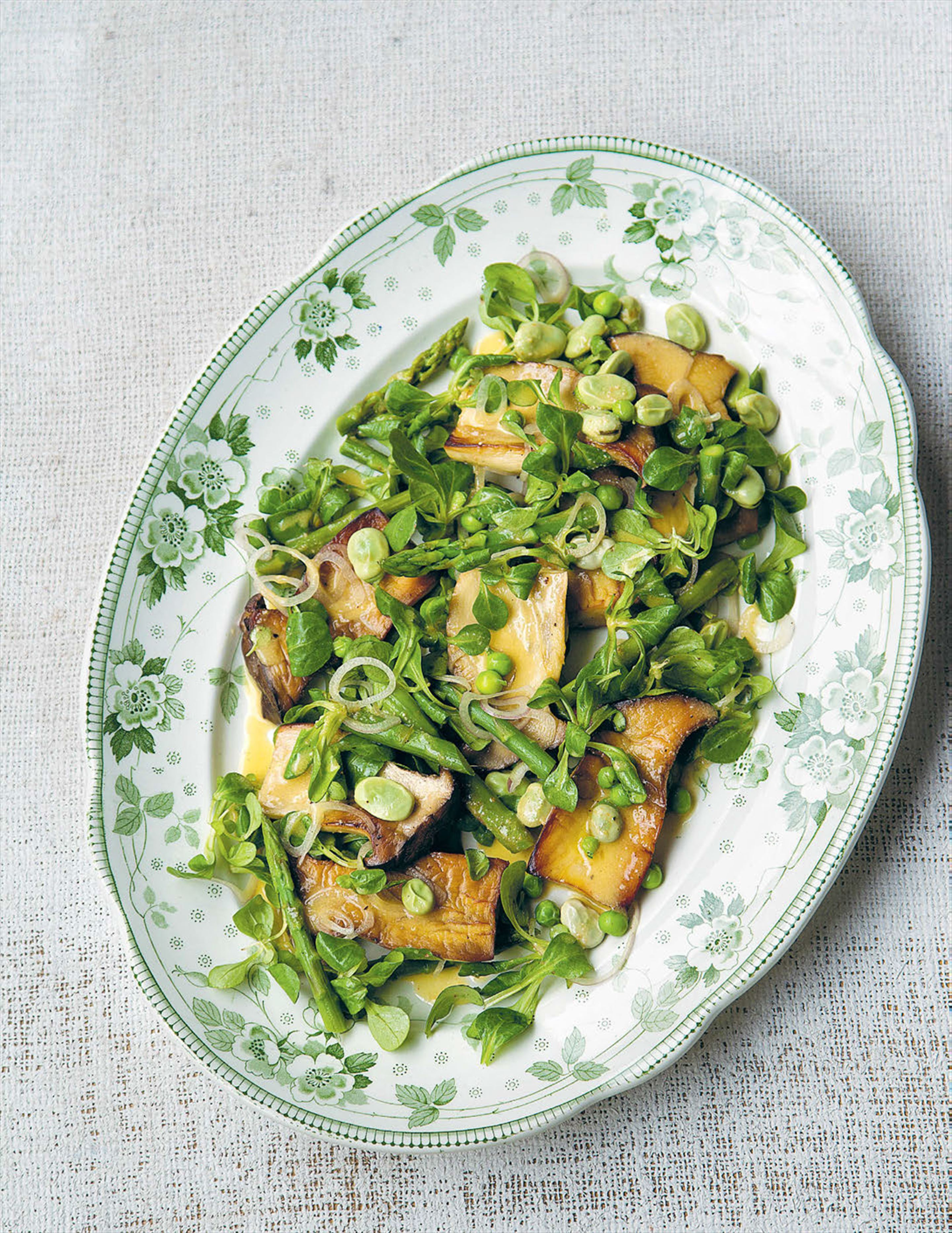 Warm salad of king brown mushrooms, asparagus and broad beans