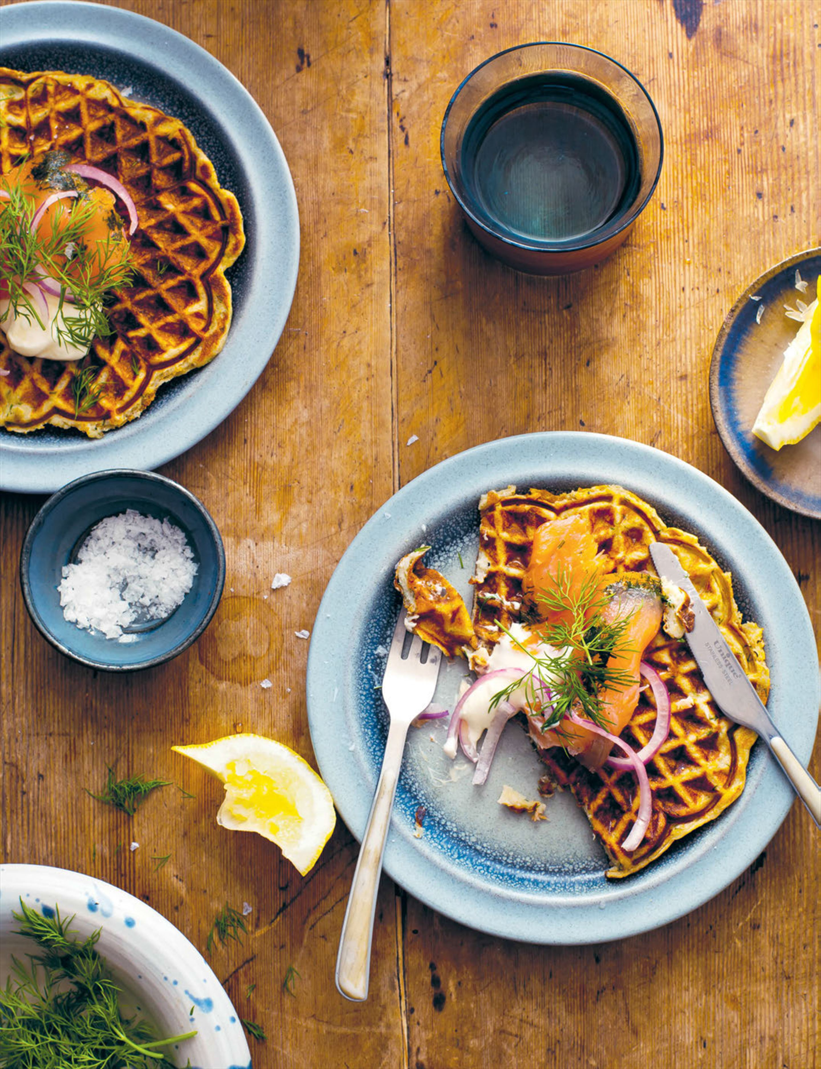 Potato waffles & gravlax