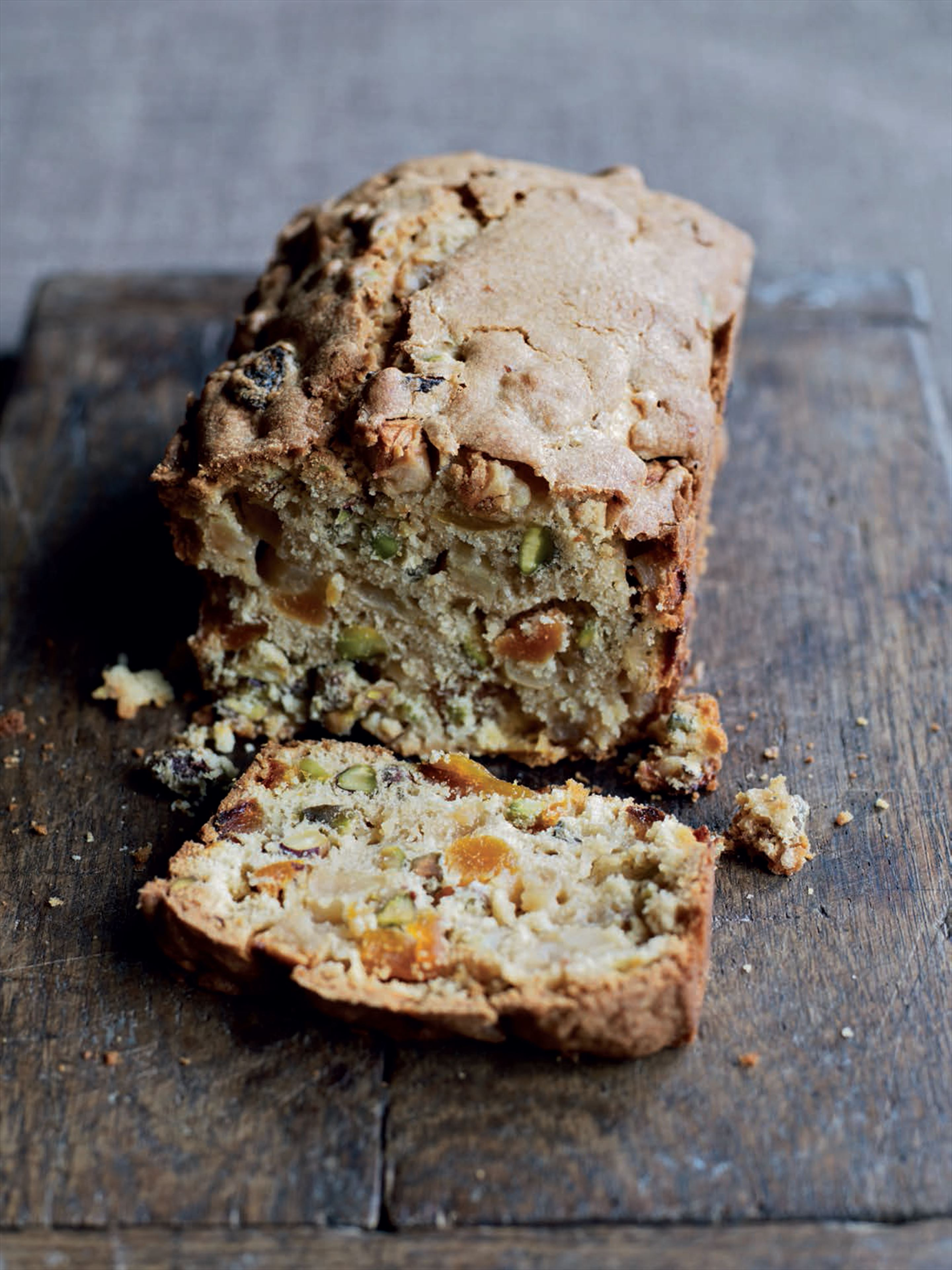 Apple, apricot and pistachio loaf
