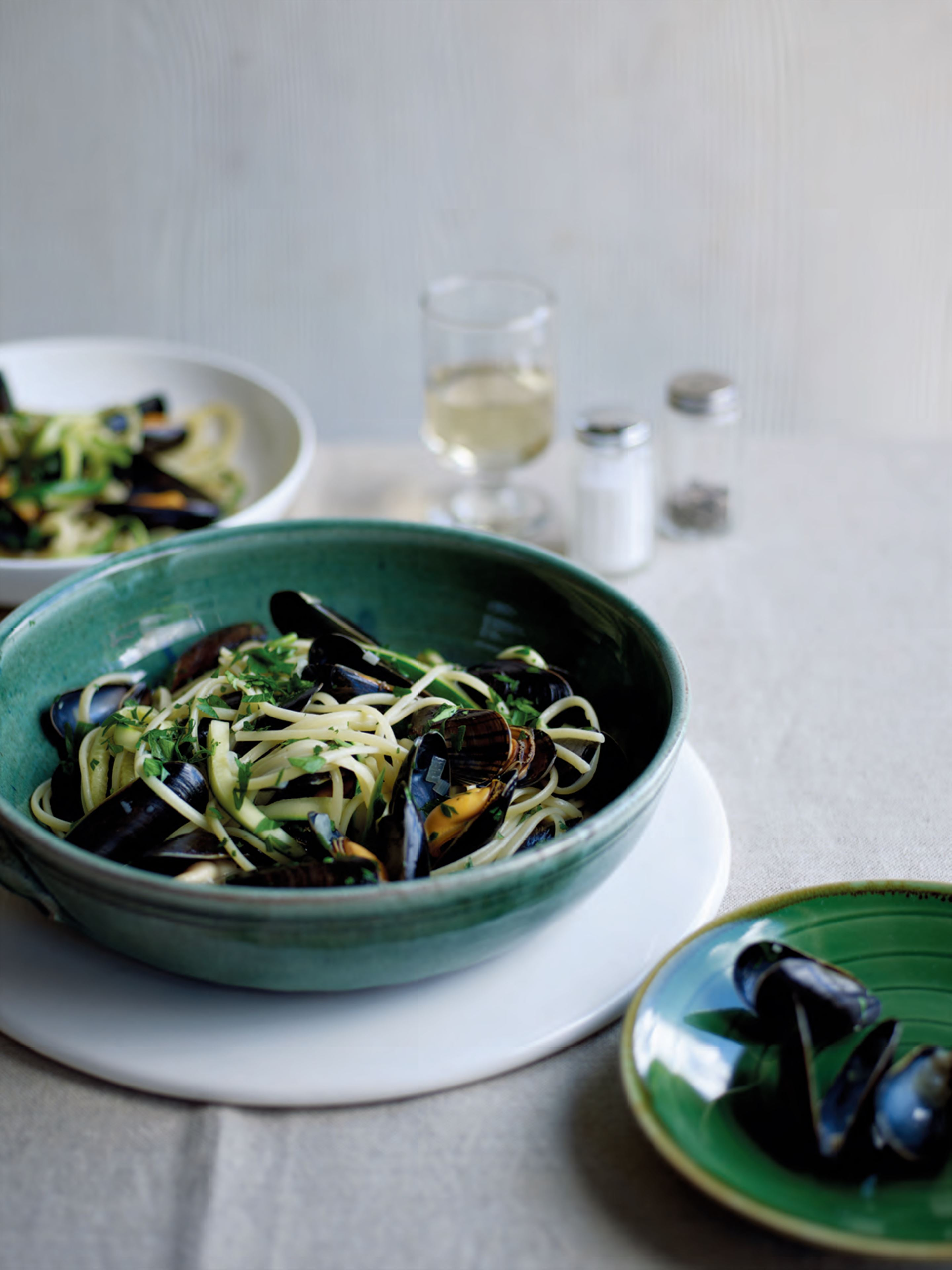 Linguine with mussels & courgettes