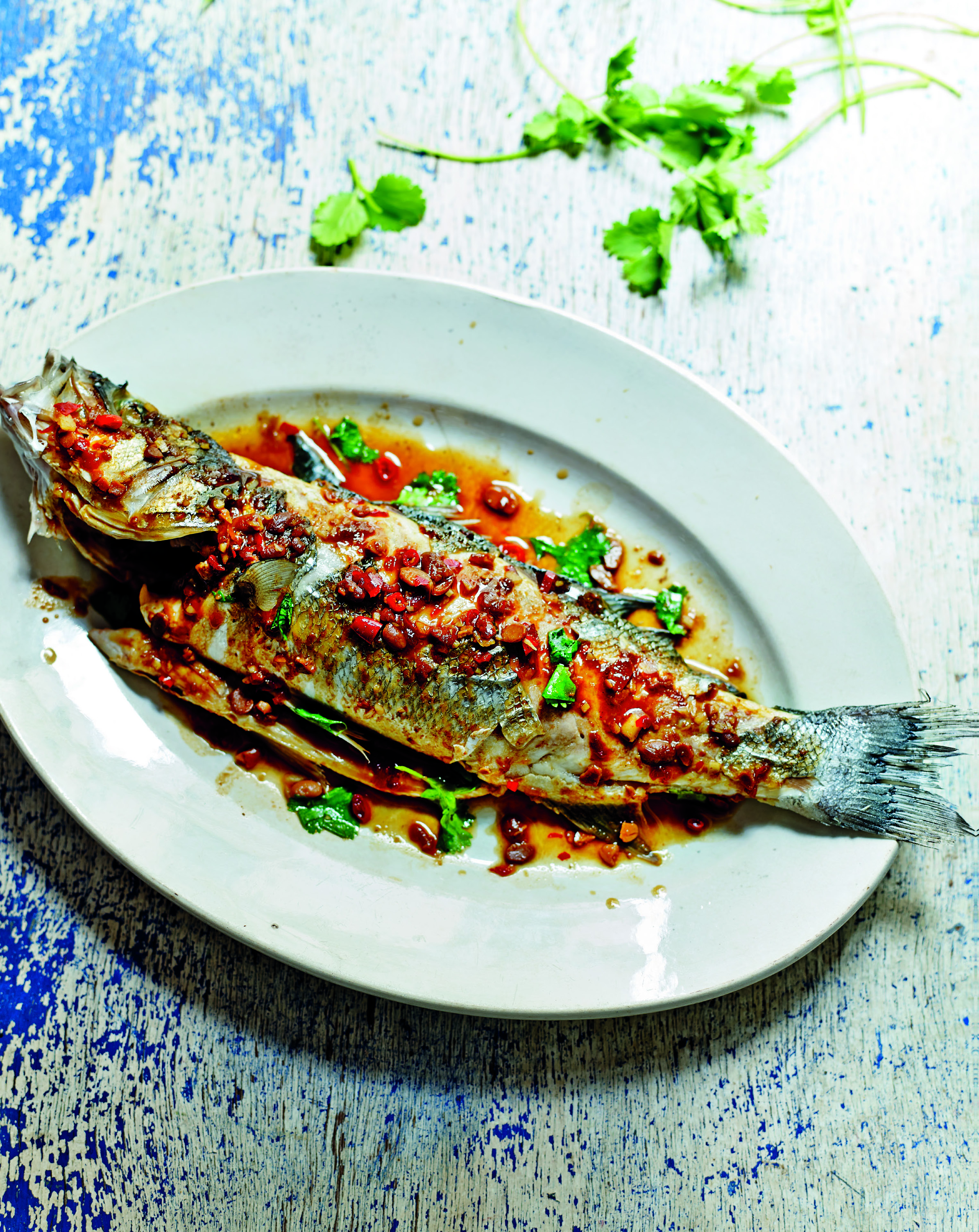 Sea bass with crushed soybeans and chilli sauce