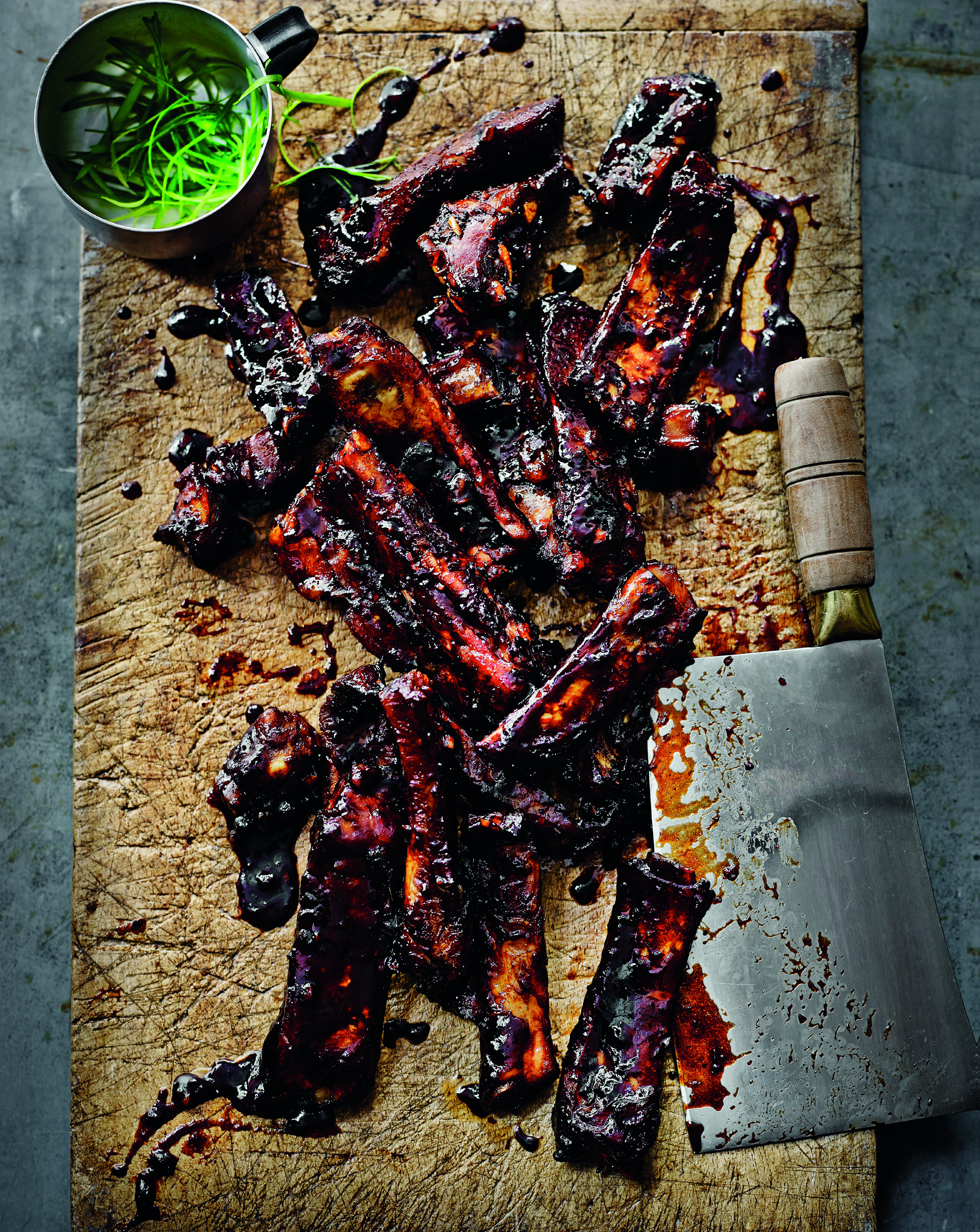 Barbecued hoisin and cola ribs