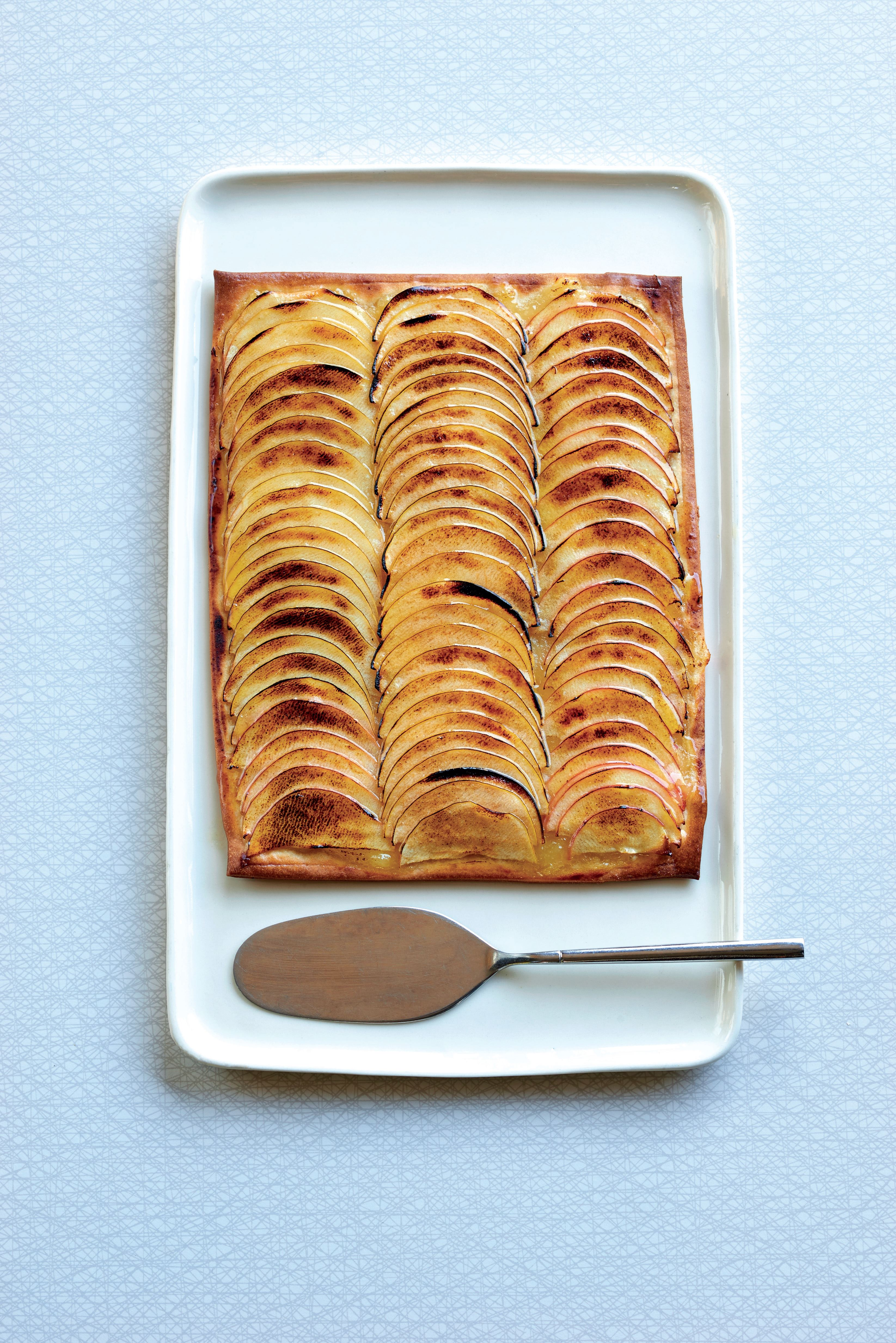 Roasted apple tart