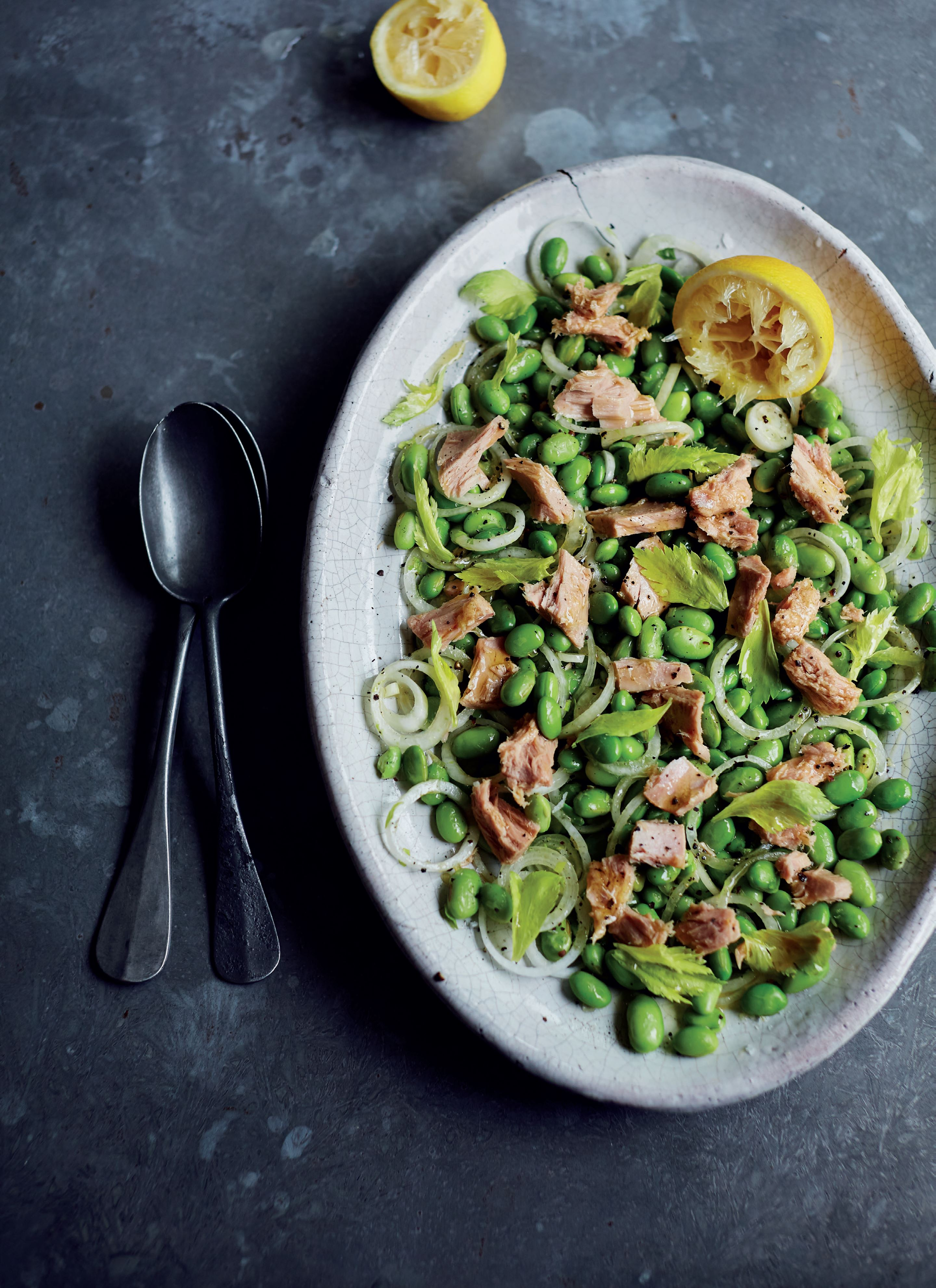 Edamame beans with tuna and onion