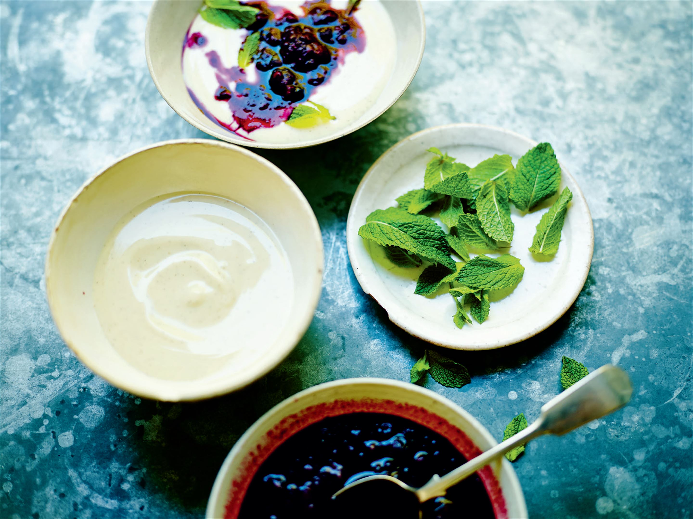 Vanilla yoghurt with warm berry compote