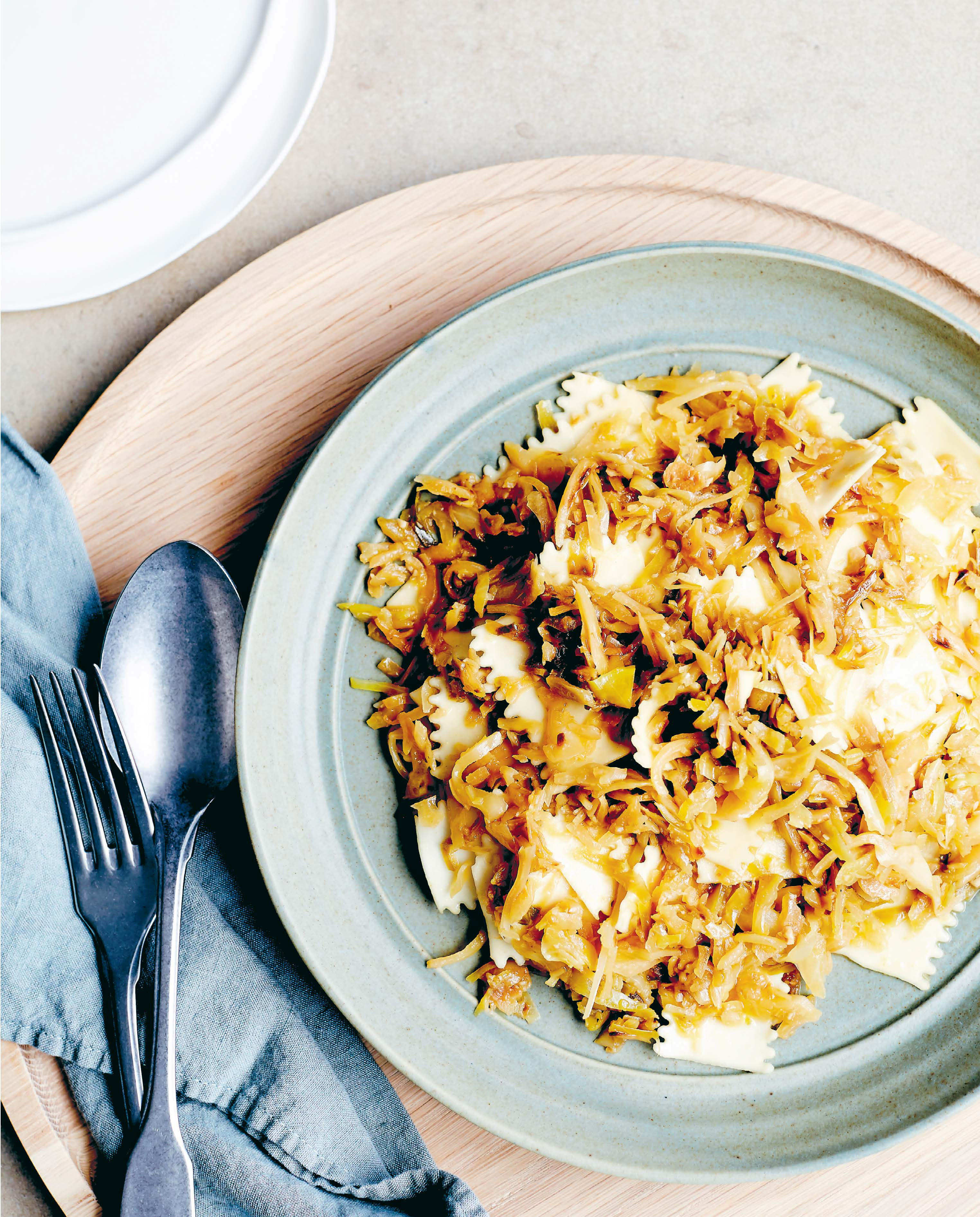 Cabbage with pasta sheets