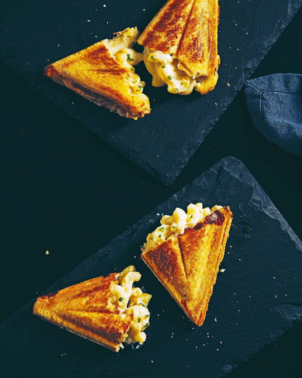 Mac + cheese jaffle