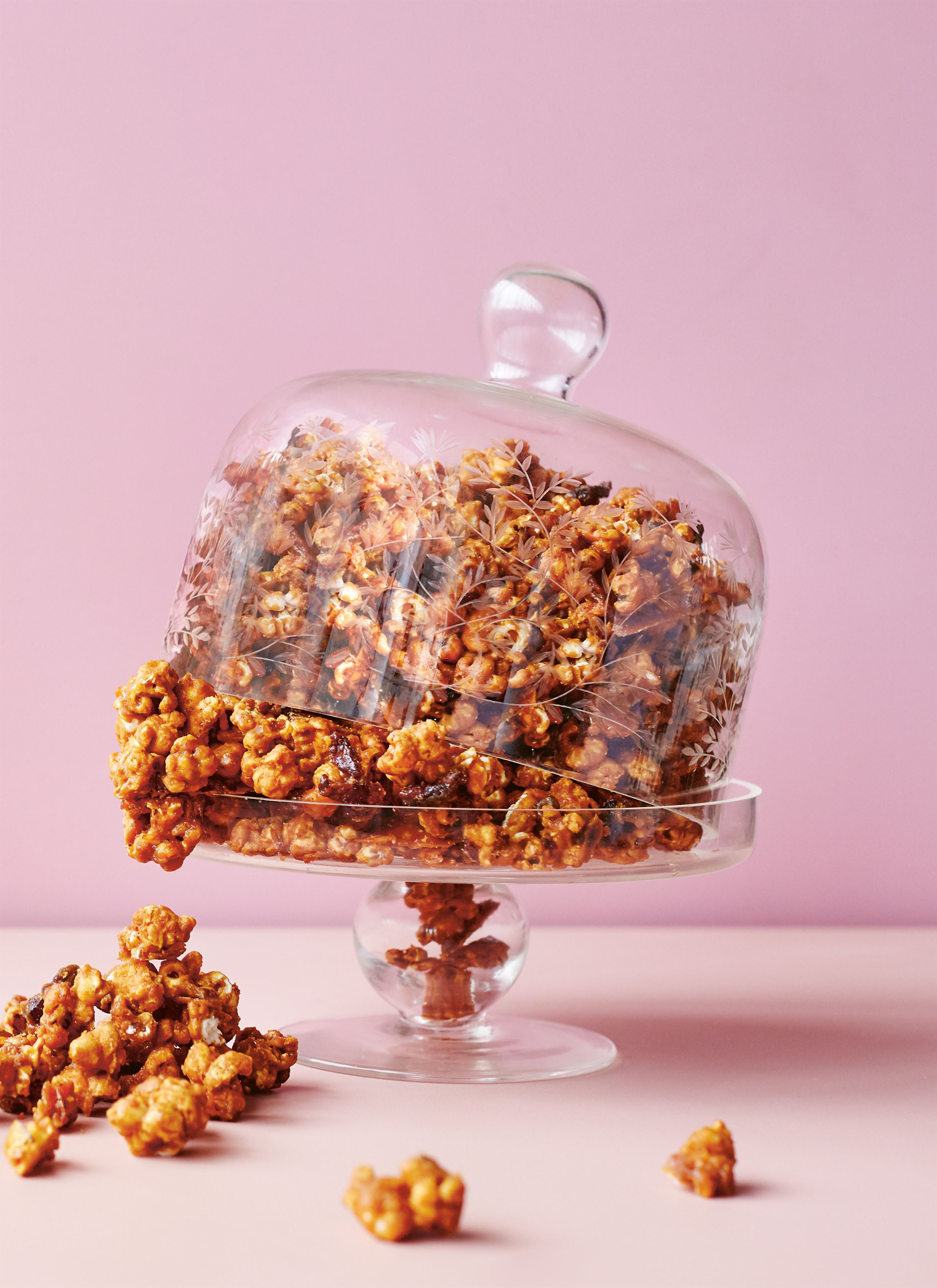 Crunchy maple bacon popcorn