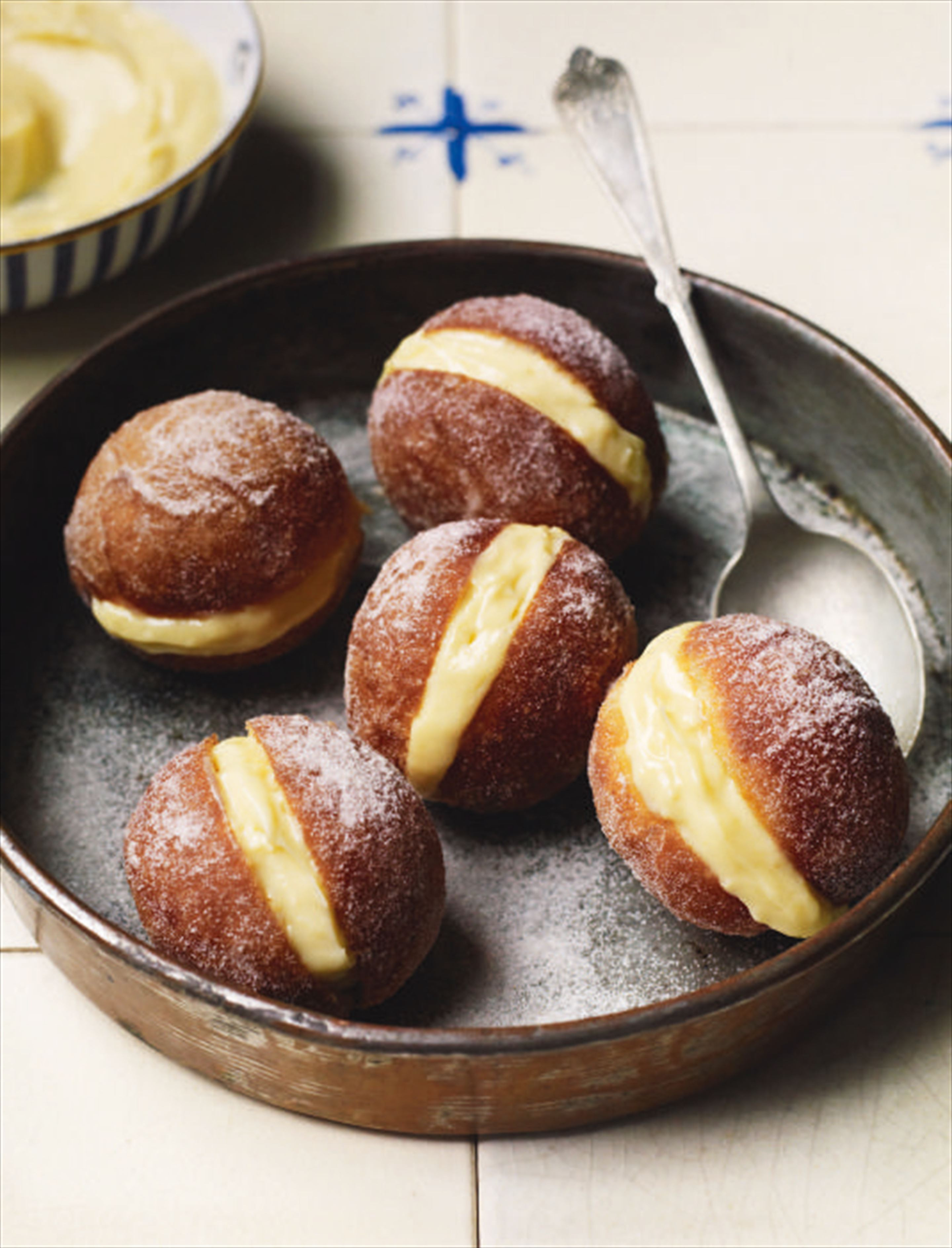 Custard-filled doughnuts