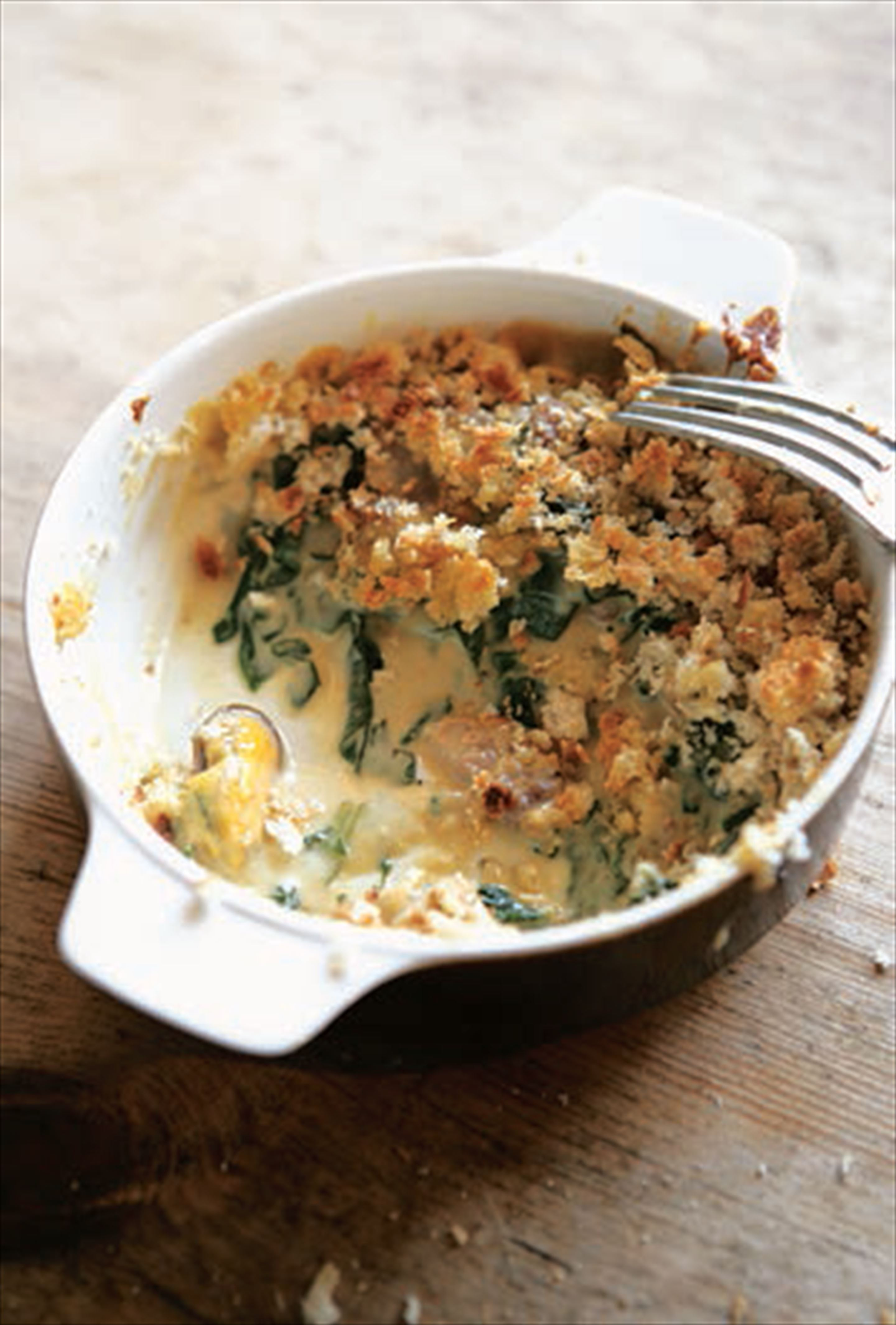 Mussel, spinach and bacon gratin