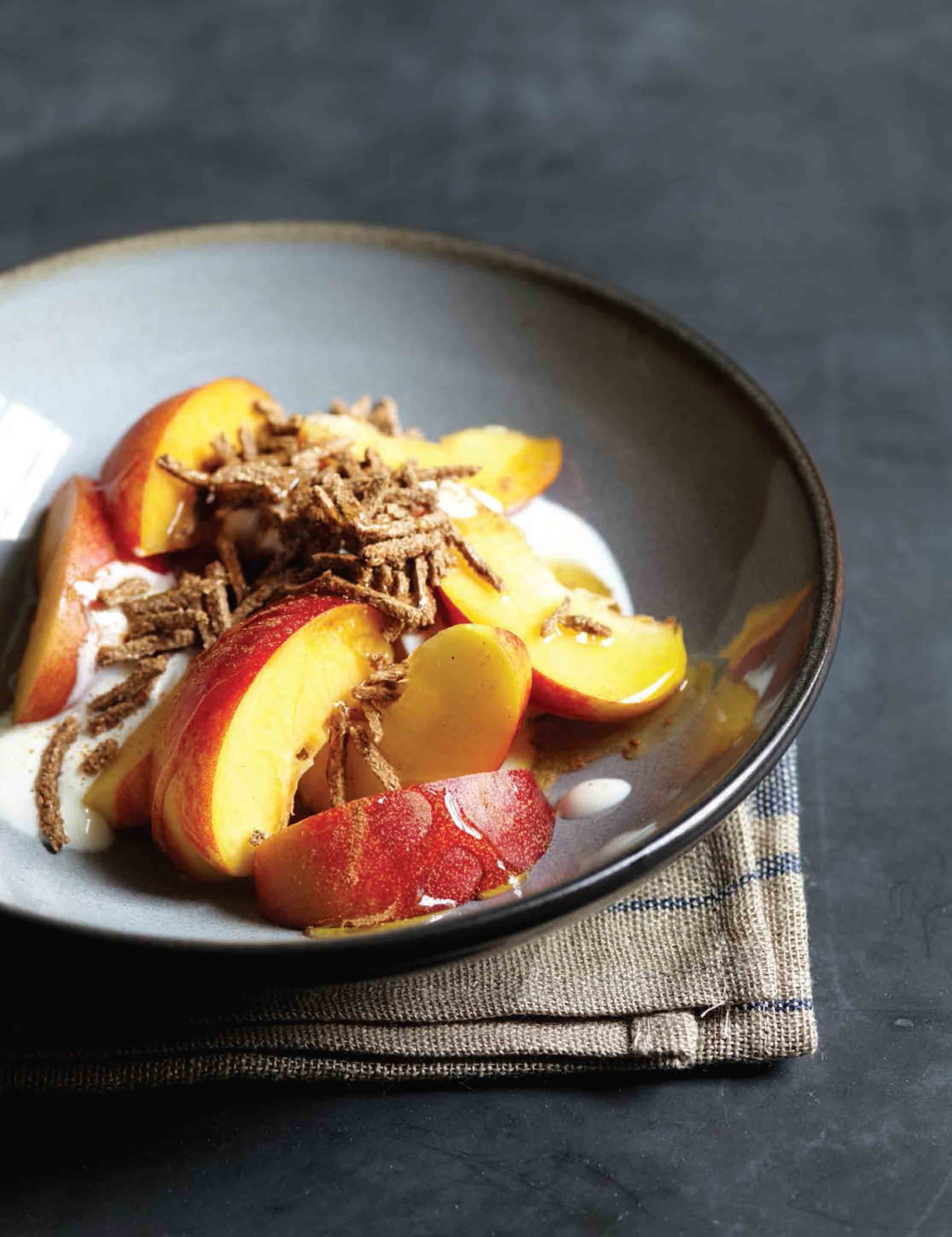 Nectarines with yogurt and all-bran