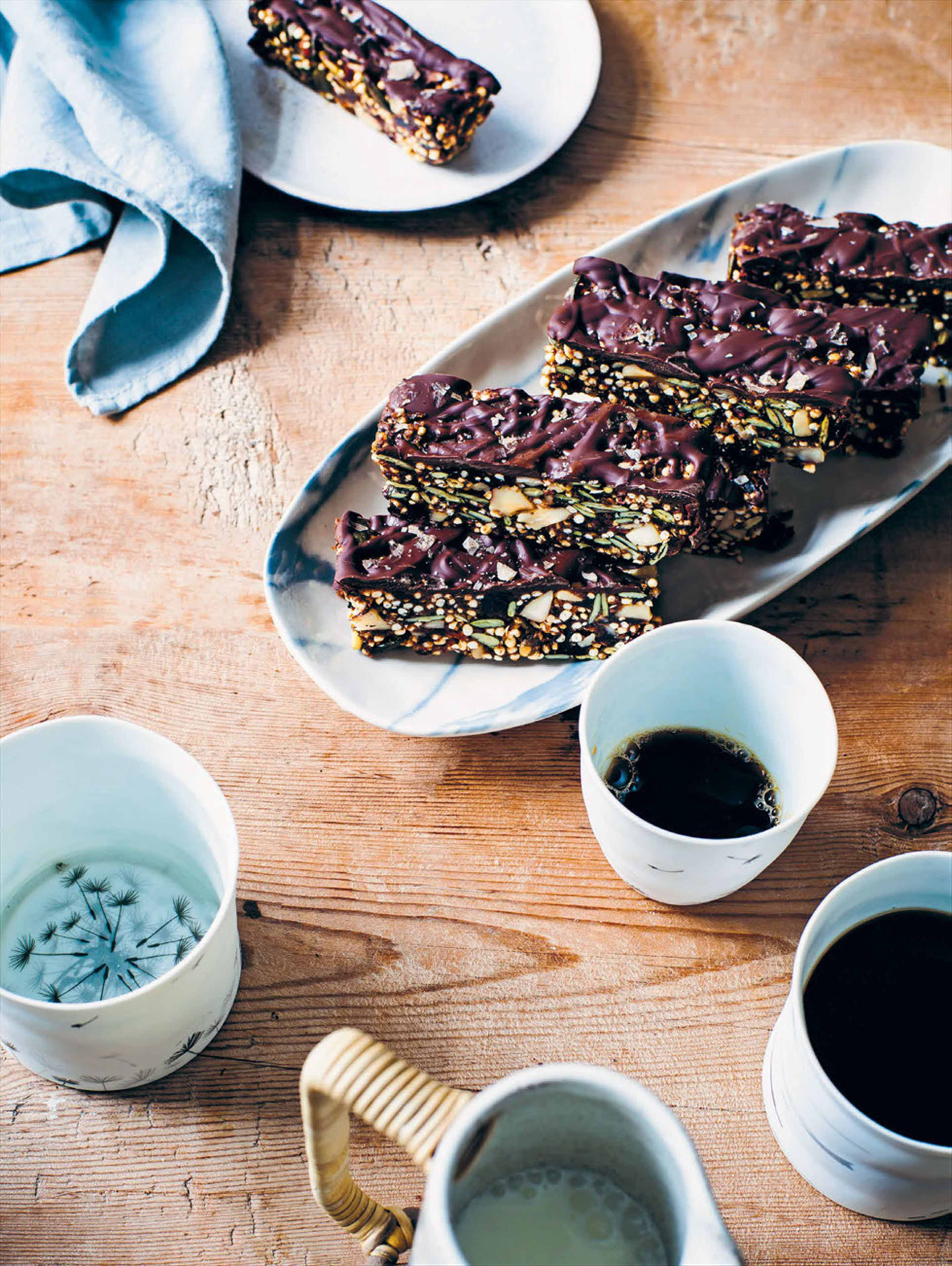 Smoky quinoa & cacao bars
