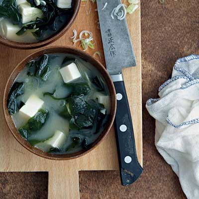 Tofu and seaweed miso soup