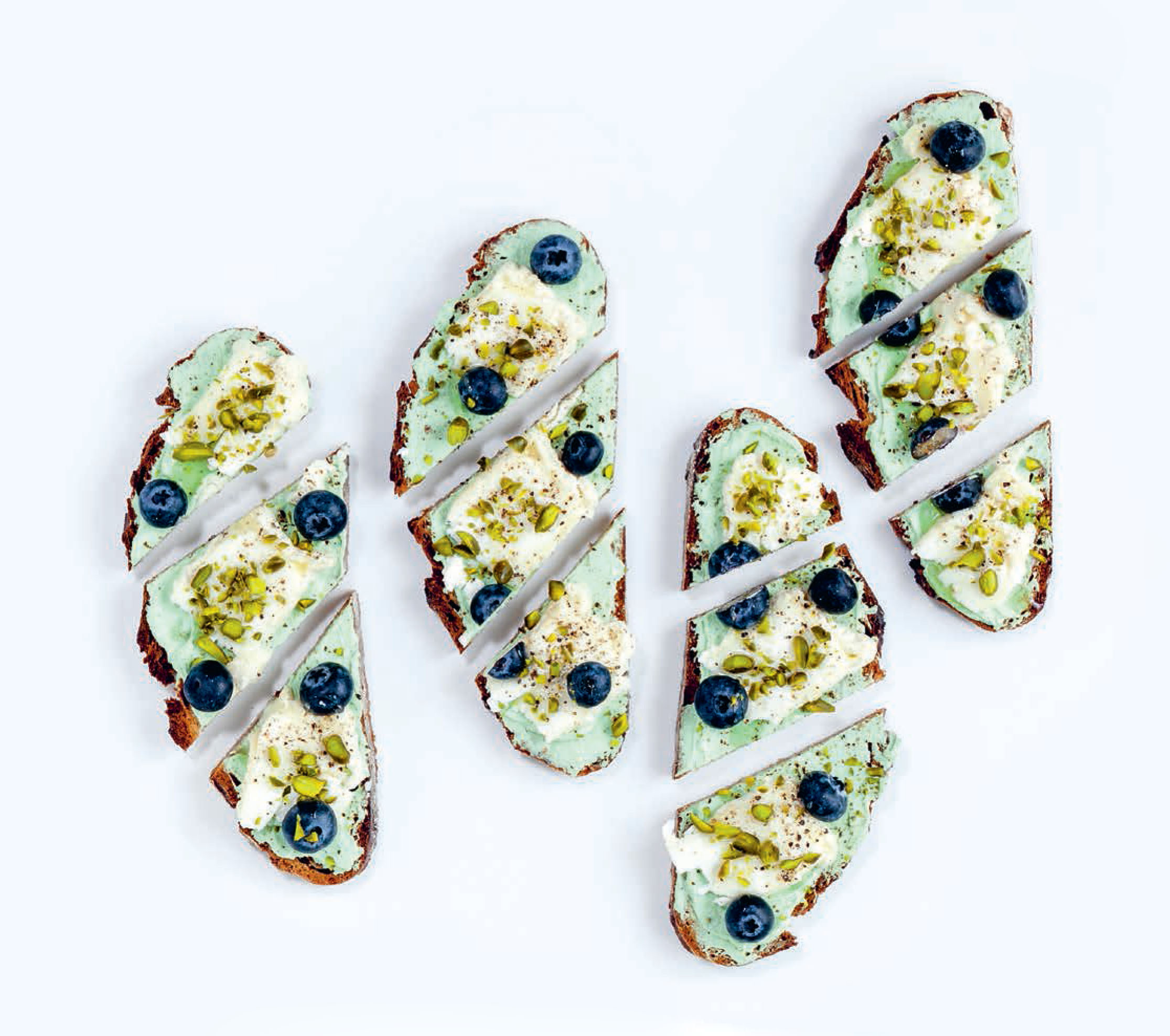 Goat's cheese, pistachios & blueberries