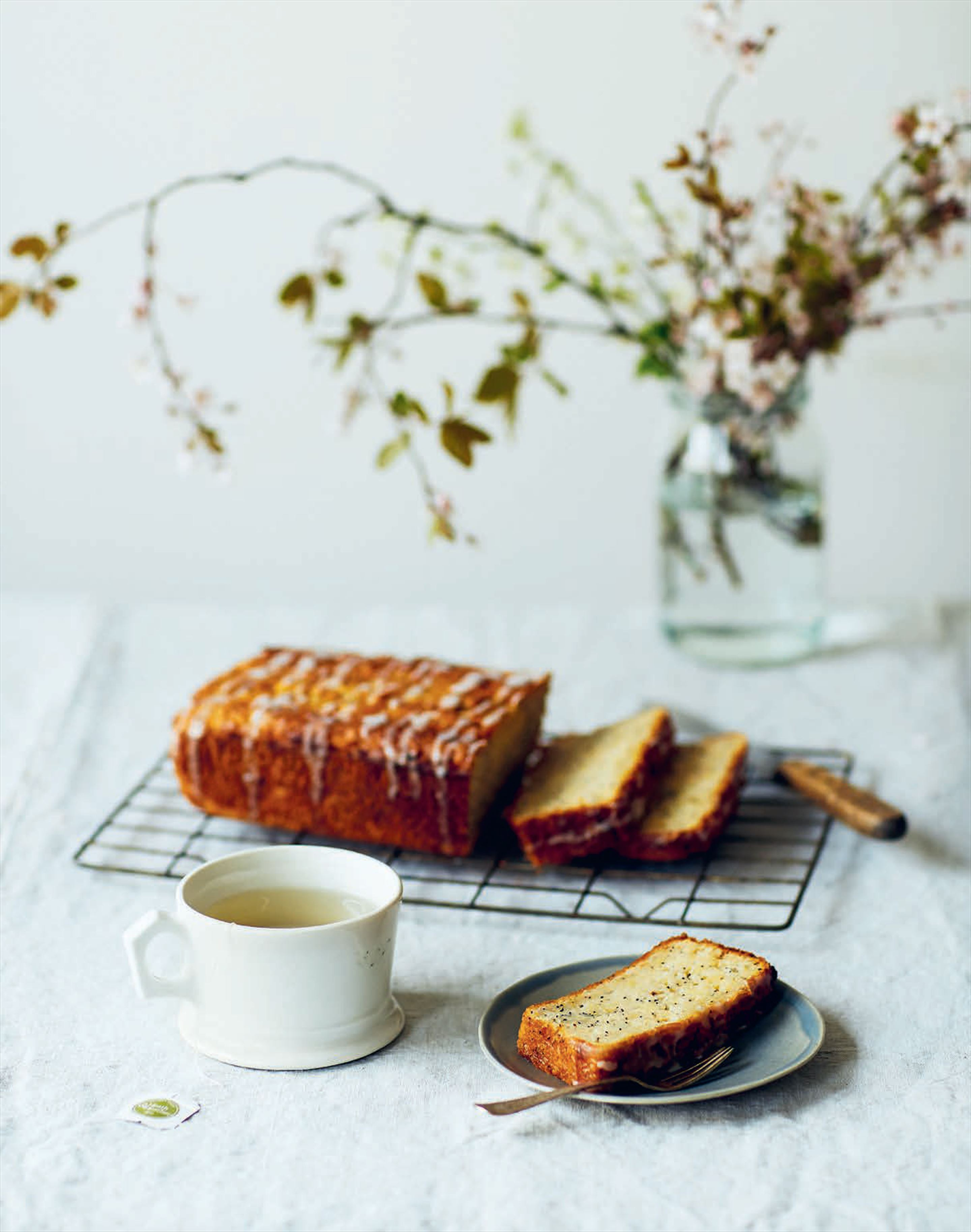 Parsnip & lemon loaf cake with poppy seeds