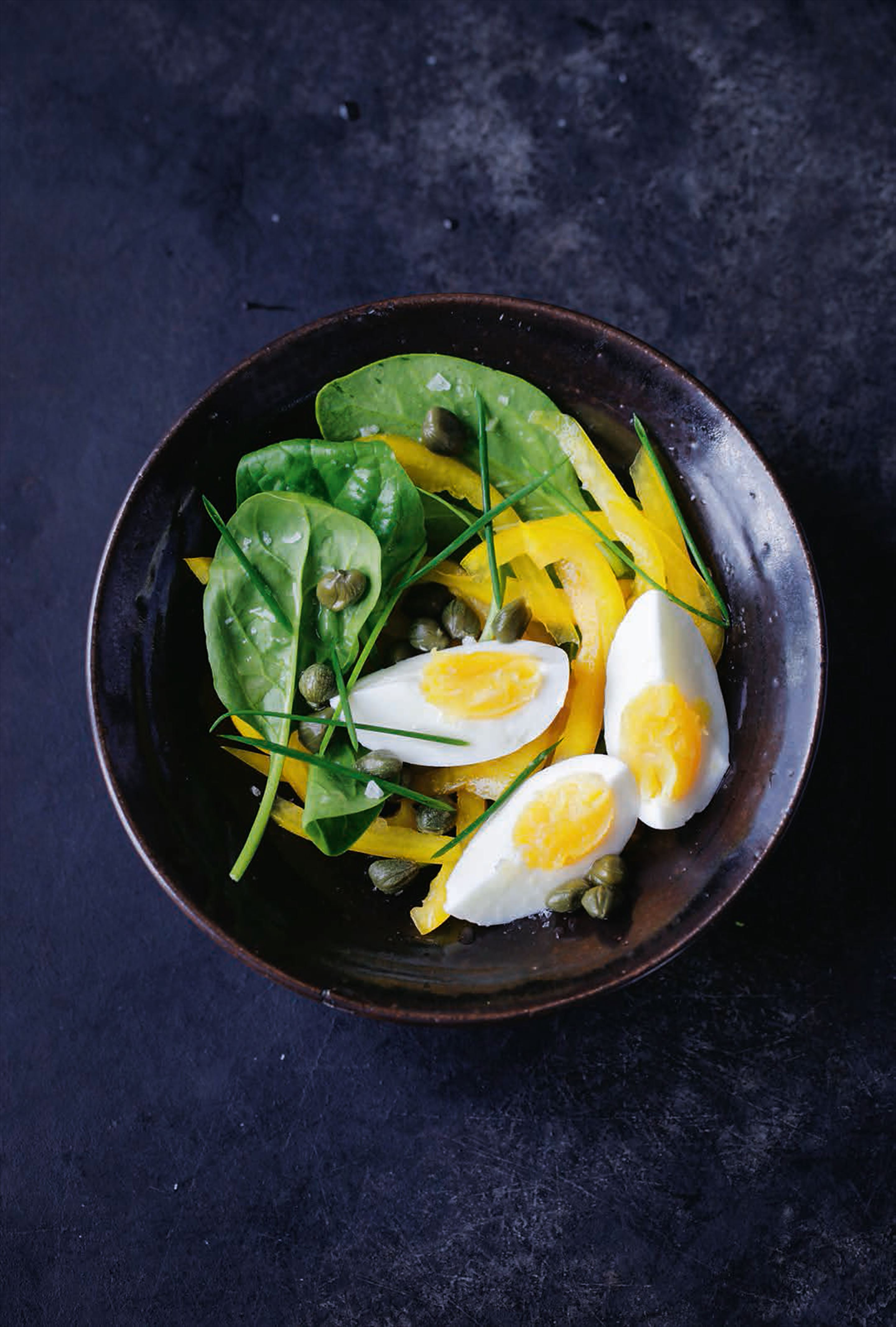 Boiled eggs & caper salad