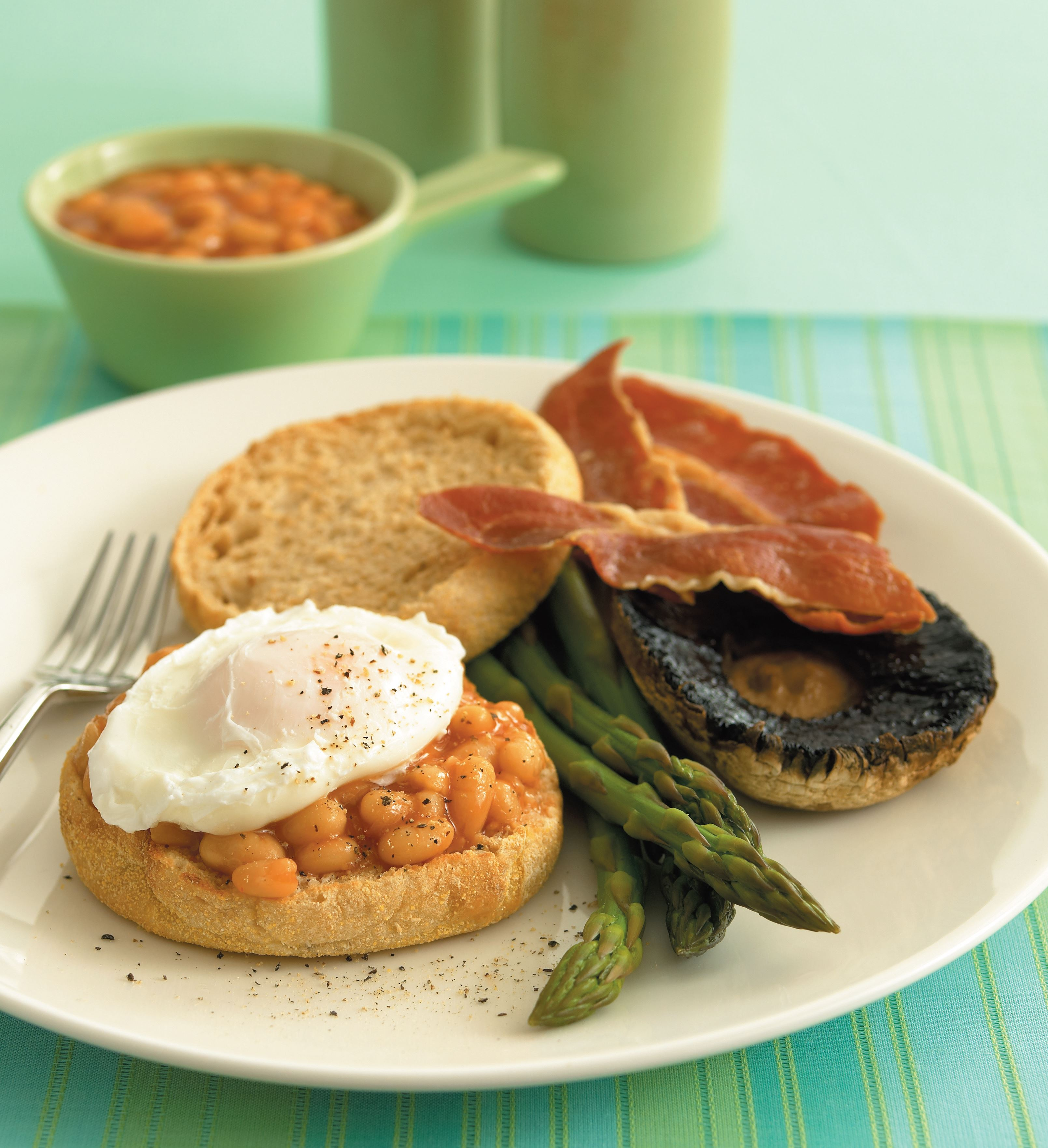 Big healthy breakfast with baked beans