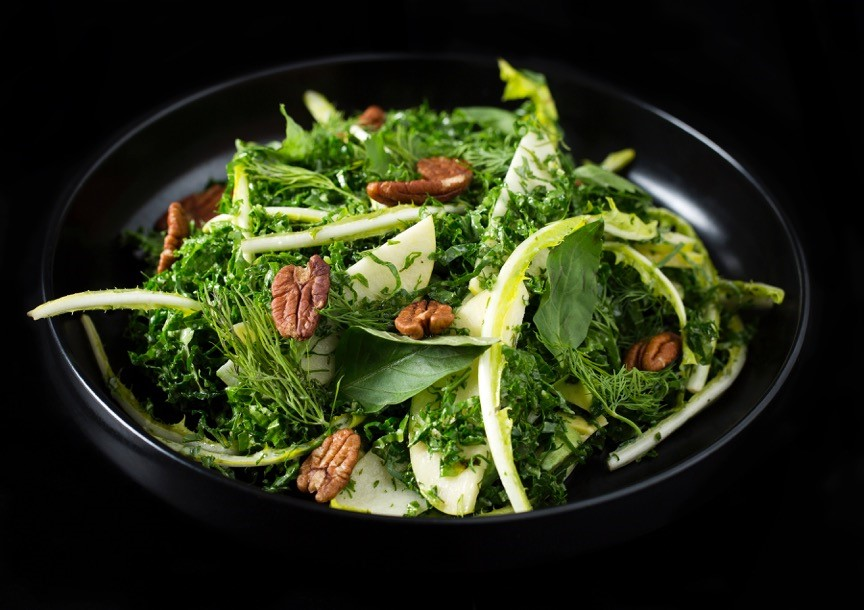 We went. We ate. We cooked: Seamus Mullen at Sea Containers' kale, apple and toasted pecan salad