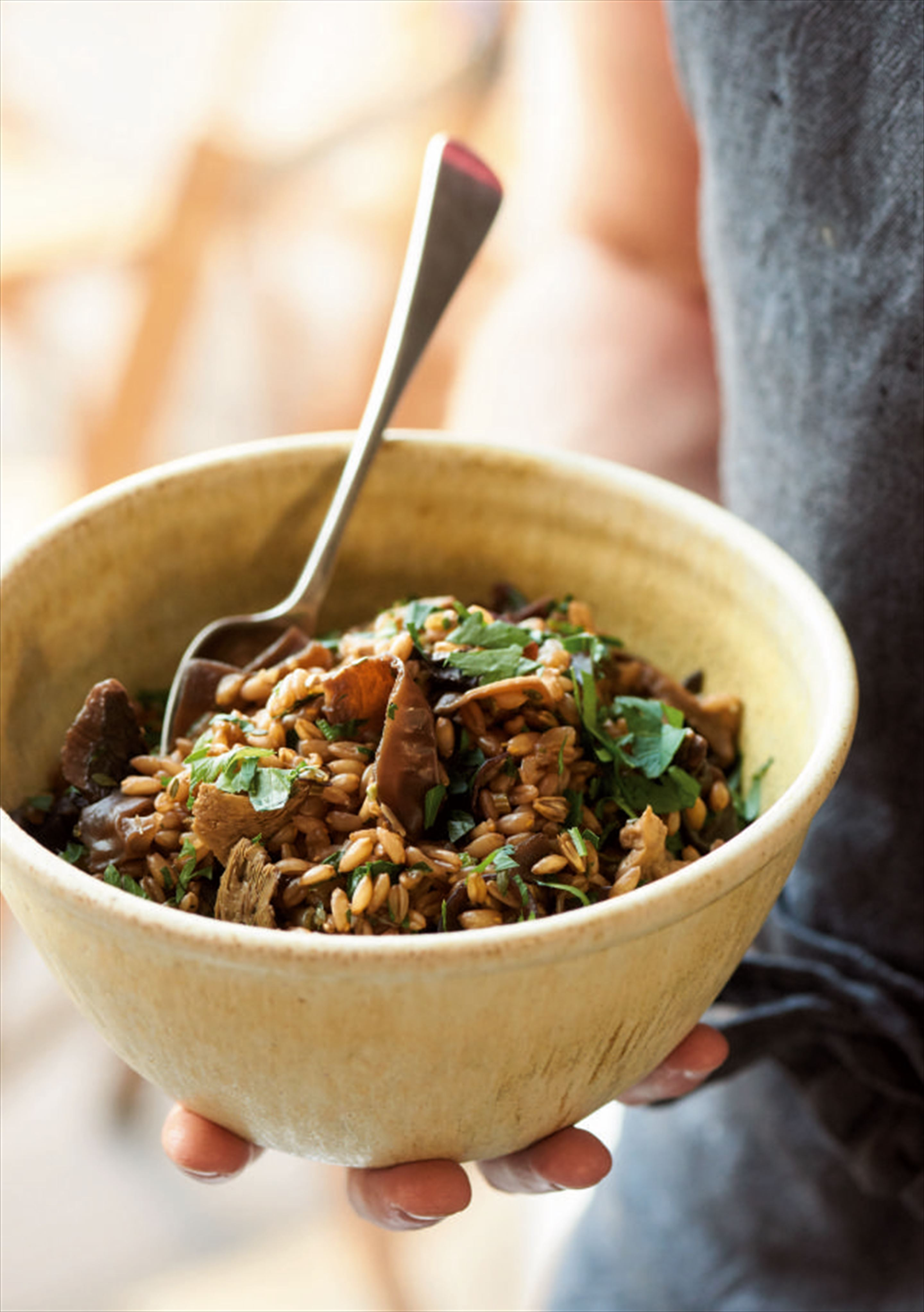 Spelt grains with wild mushrooms