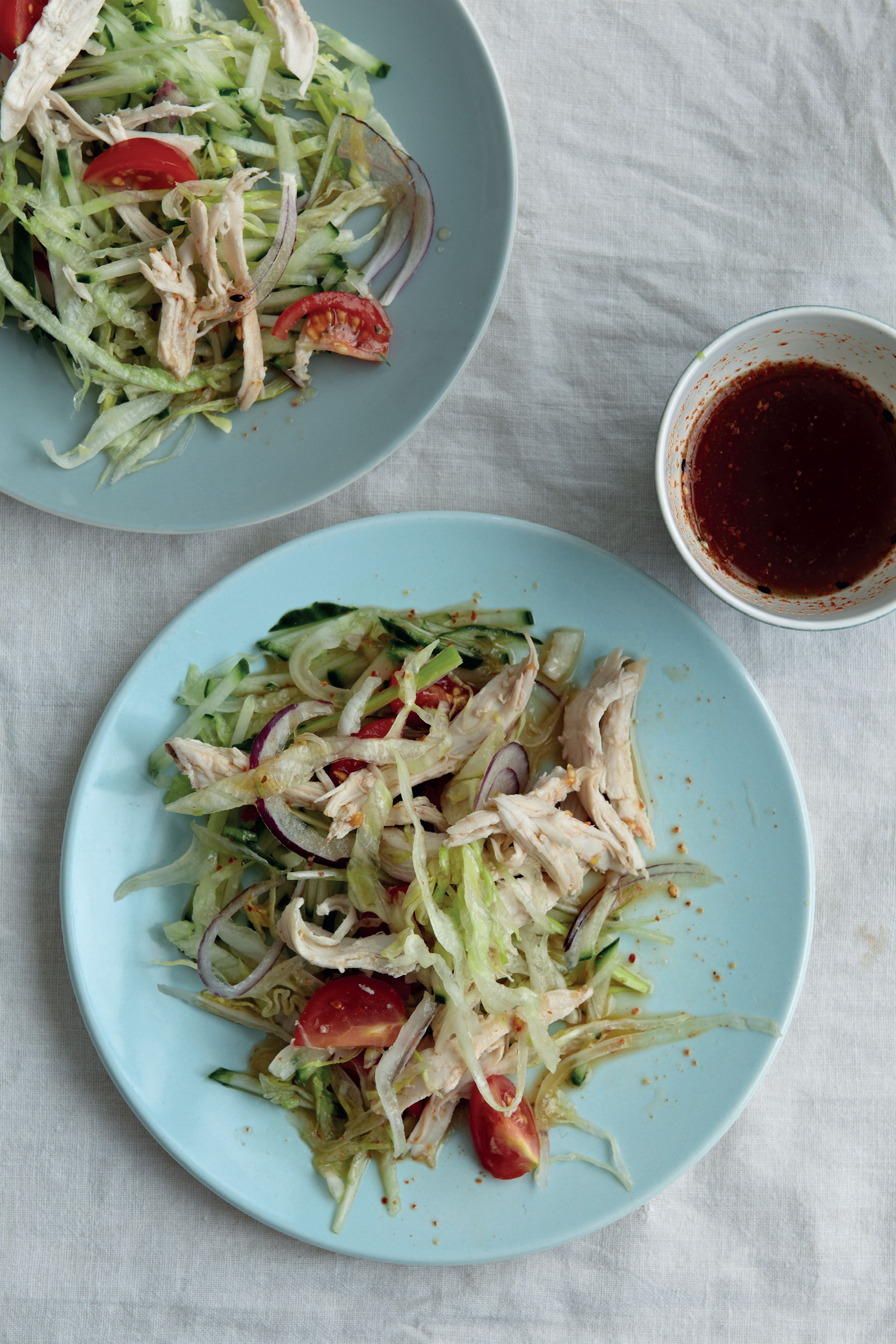 Steamed sesame chicken salad