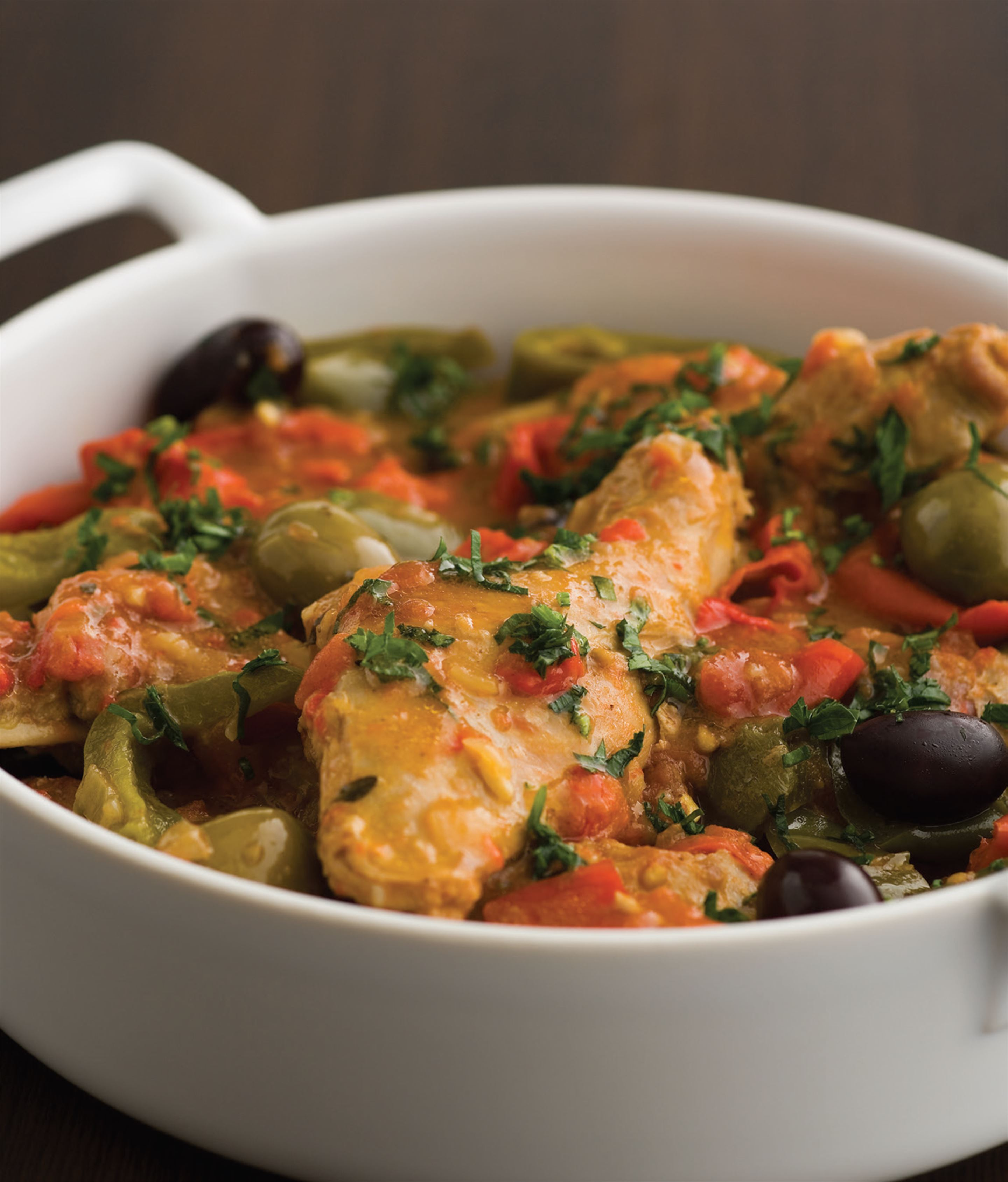 Rabbit ragoût with capsicum and olives