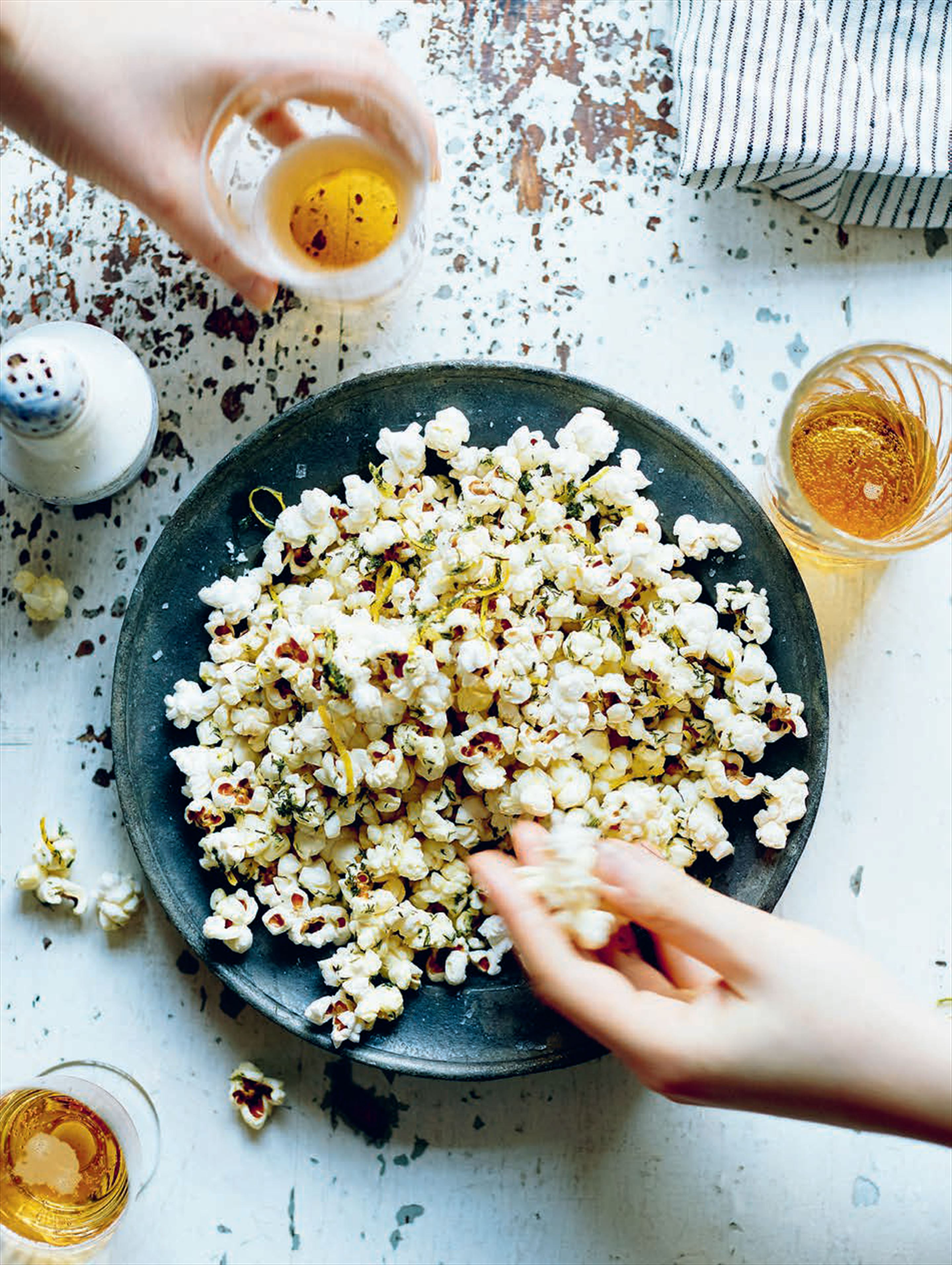 Lemon & dill popcorn for sharing [or not]