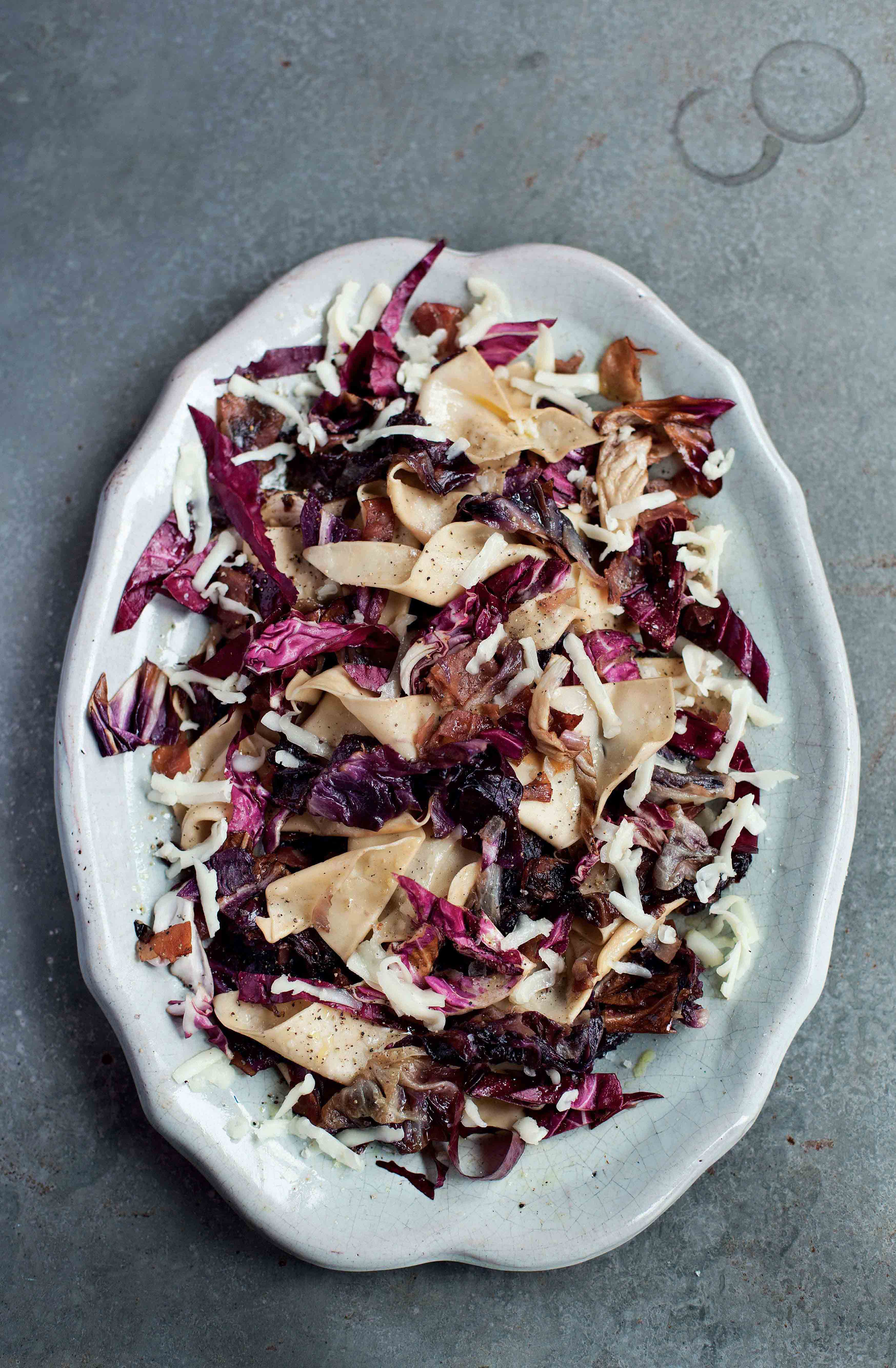 Pasta pieces with radicchio and speck