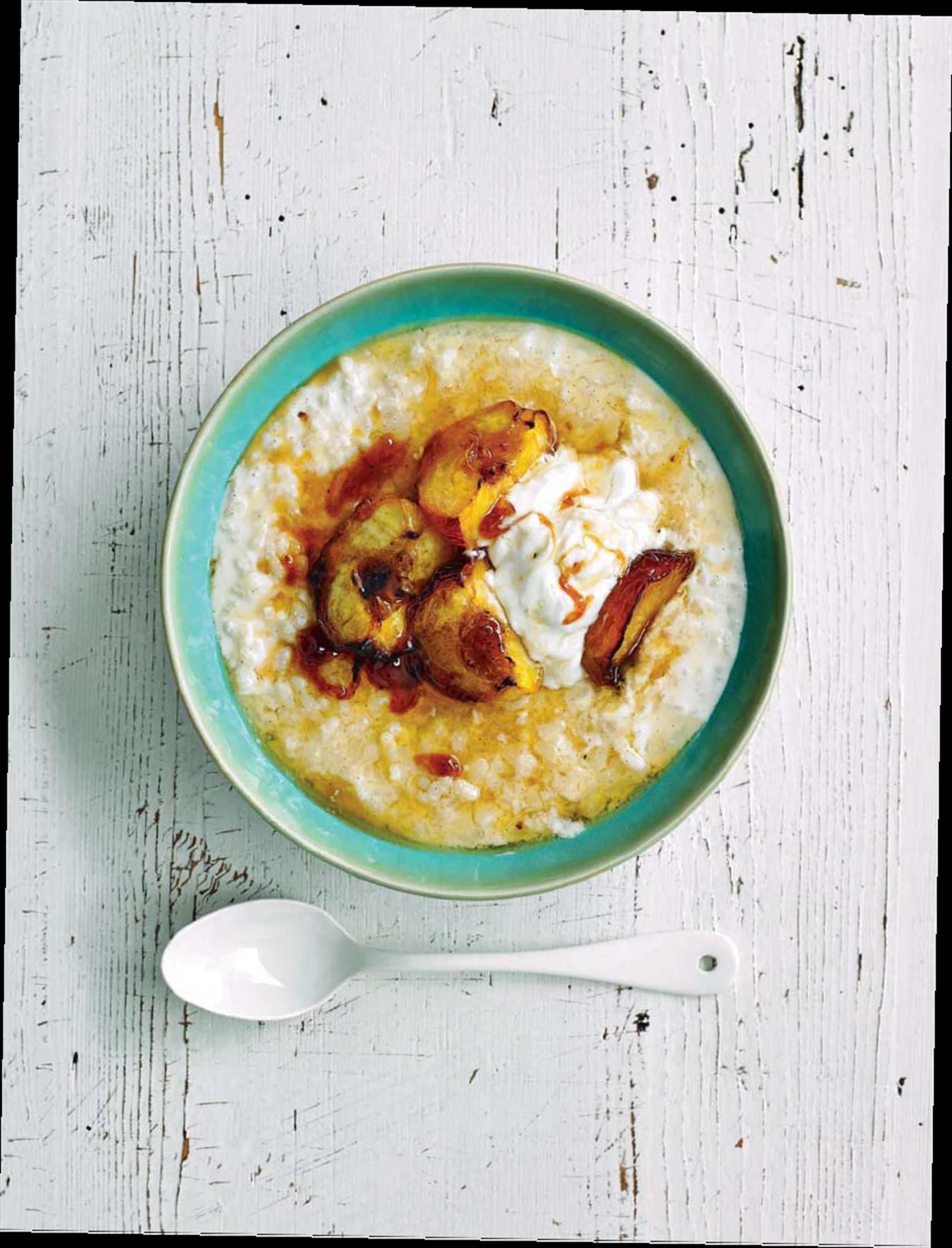 Roasted peaches with arroz con leche