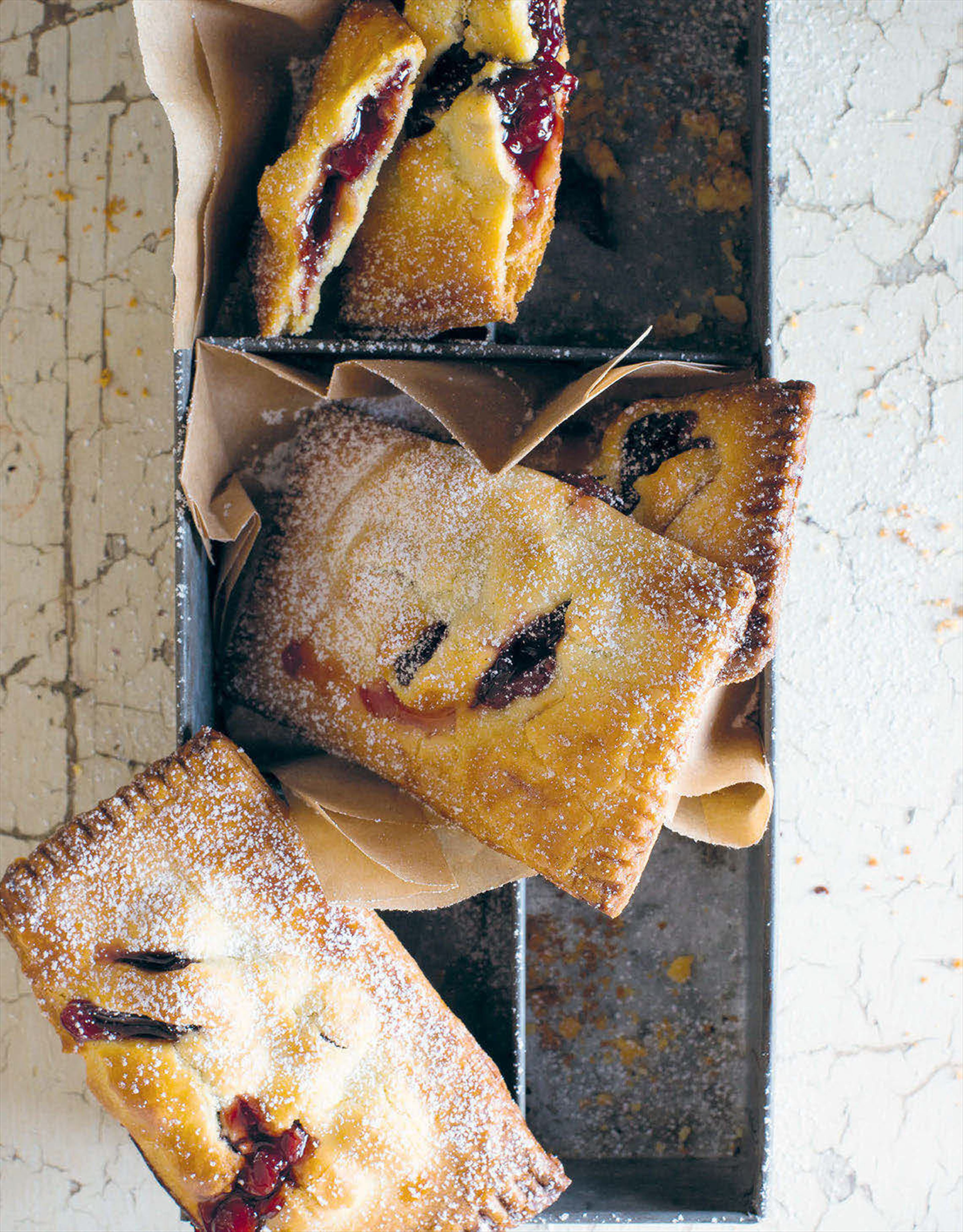 Cherry jam handpies