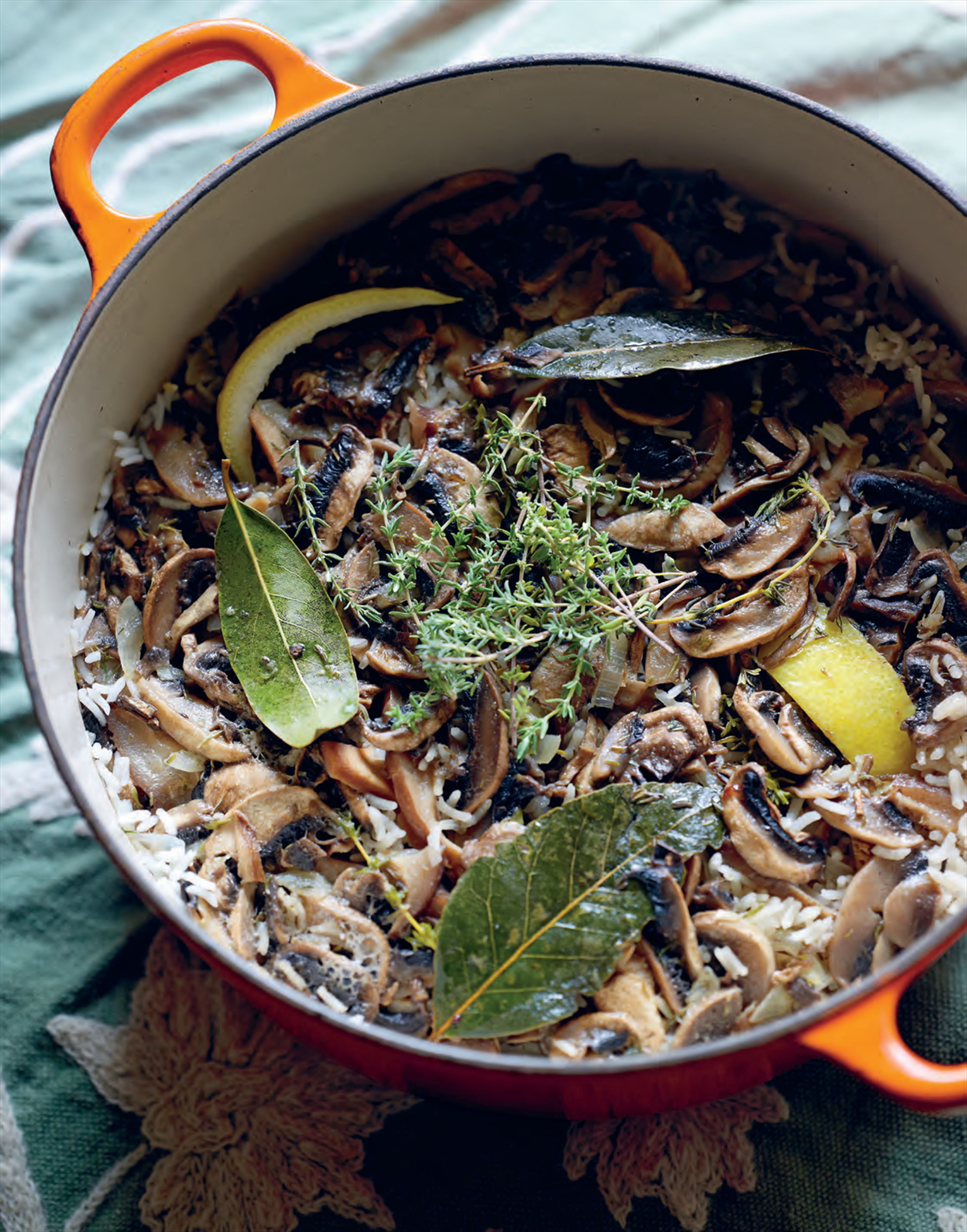 Mushroom and thyme rice