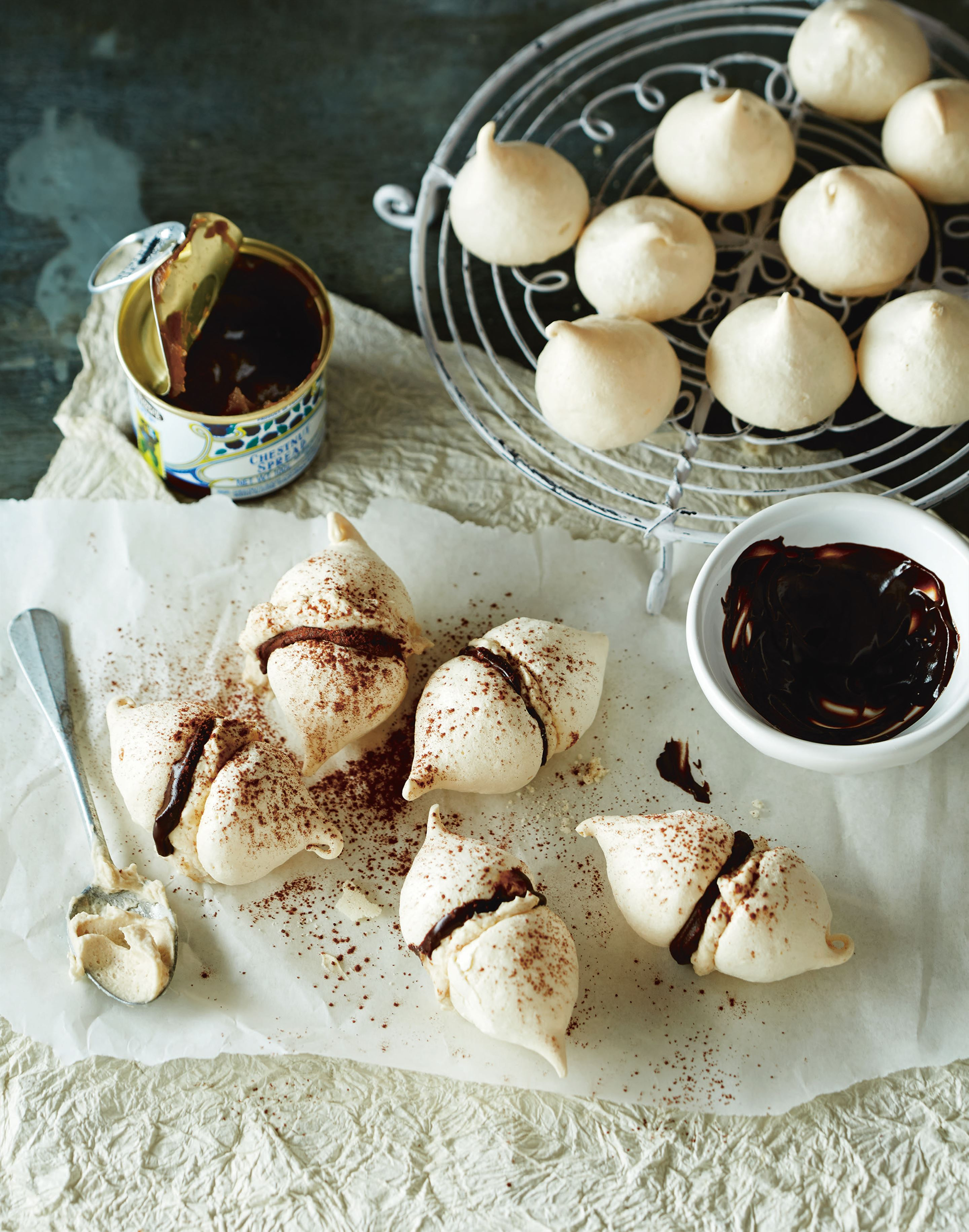 Chocolate and chestnut meringues