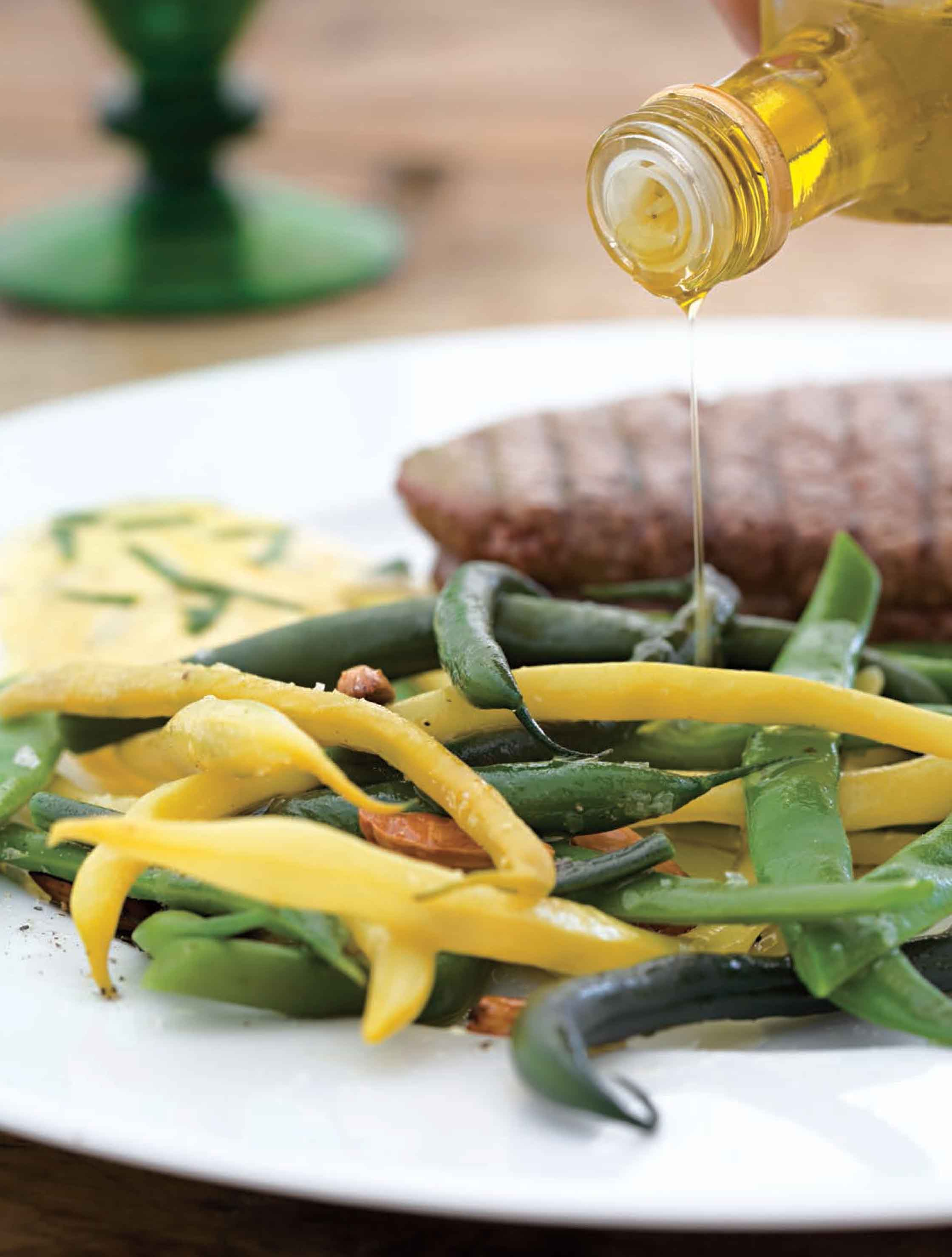 French beans in truffle oil with fillet steak and hollandaise