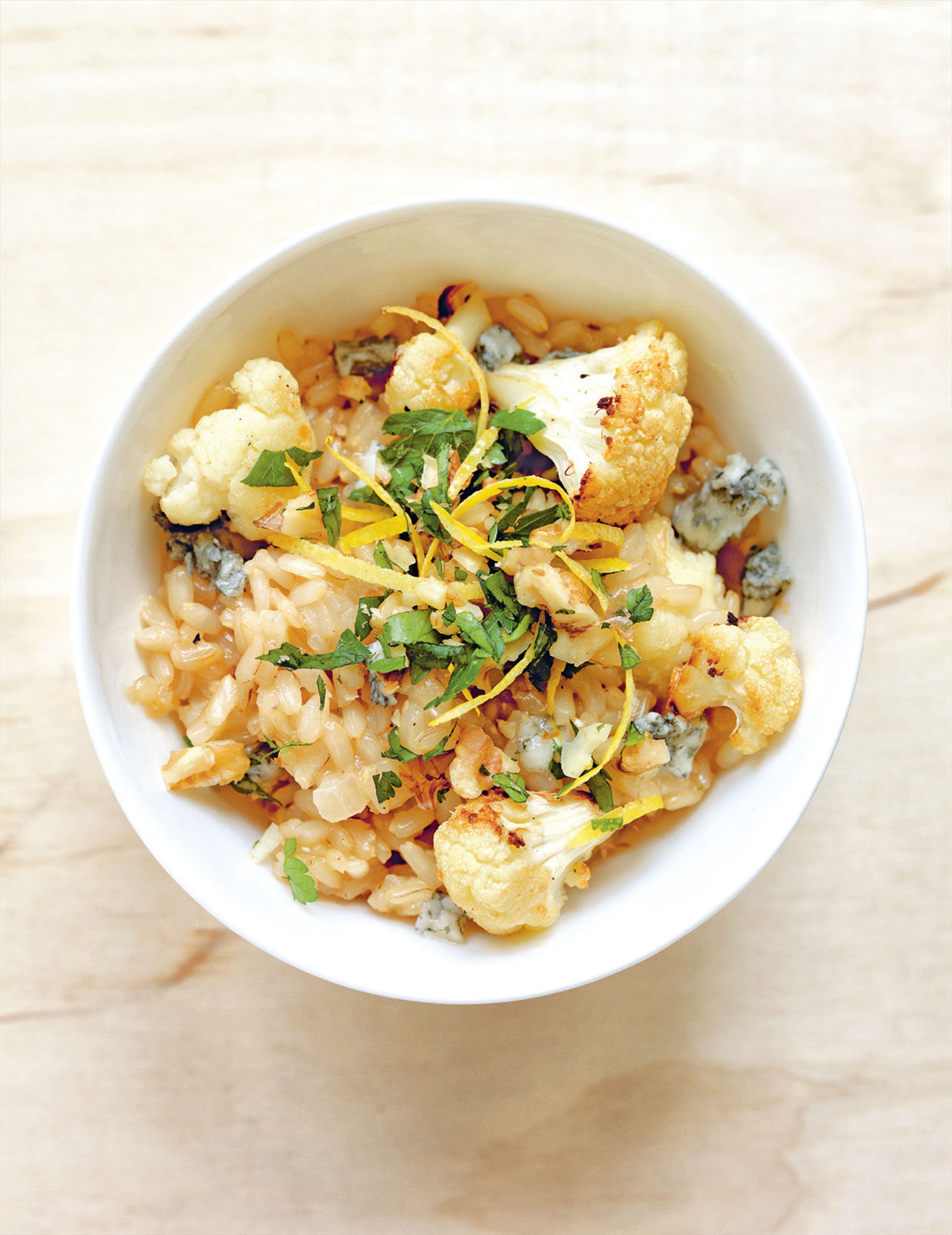 Cauliflower risotto with gorgonzola & walnut gremolata