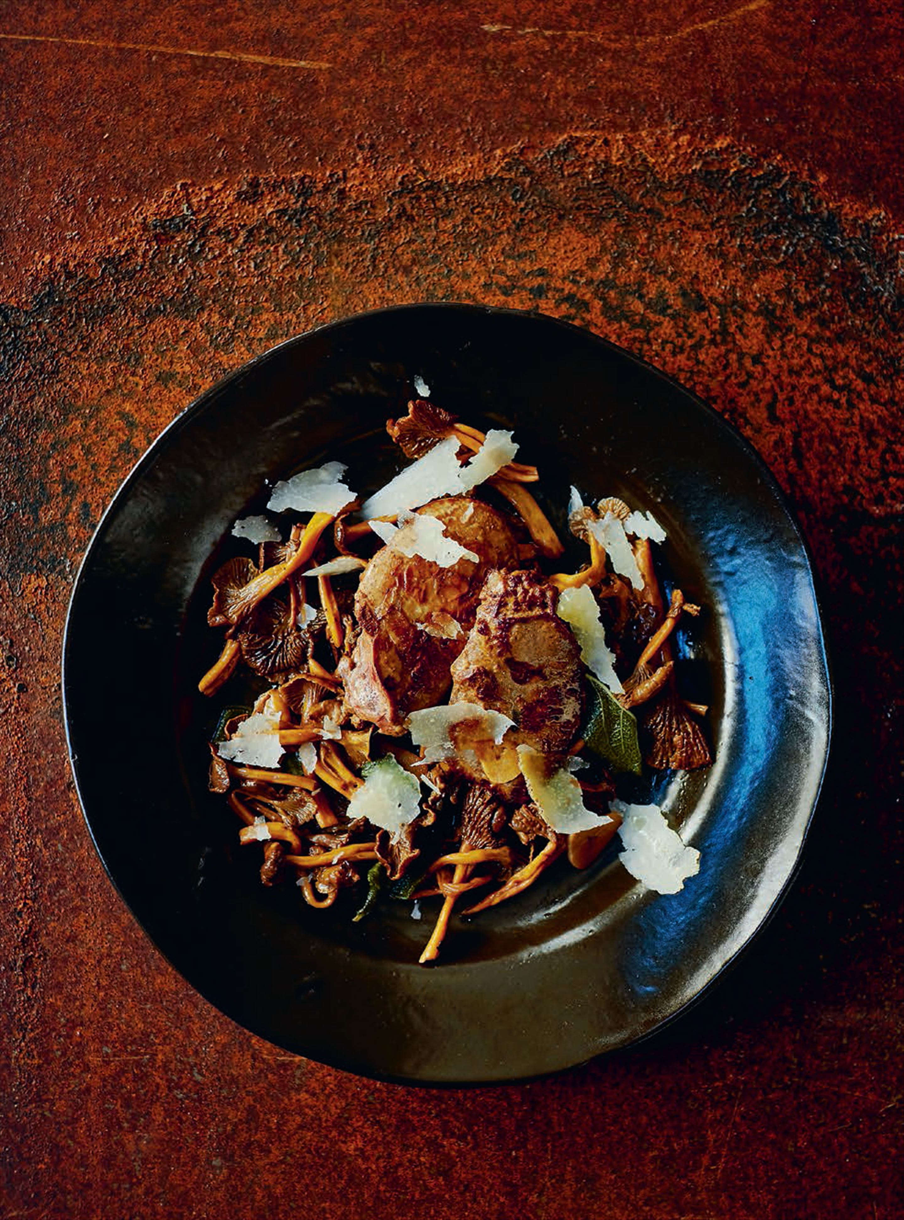 Duck livers & chanterelles