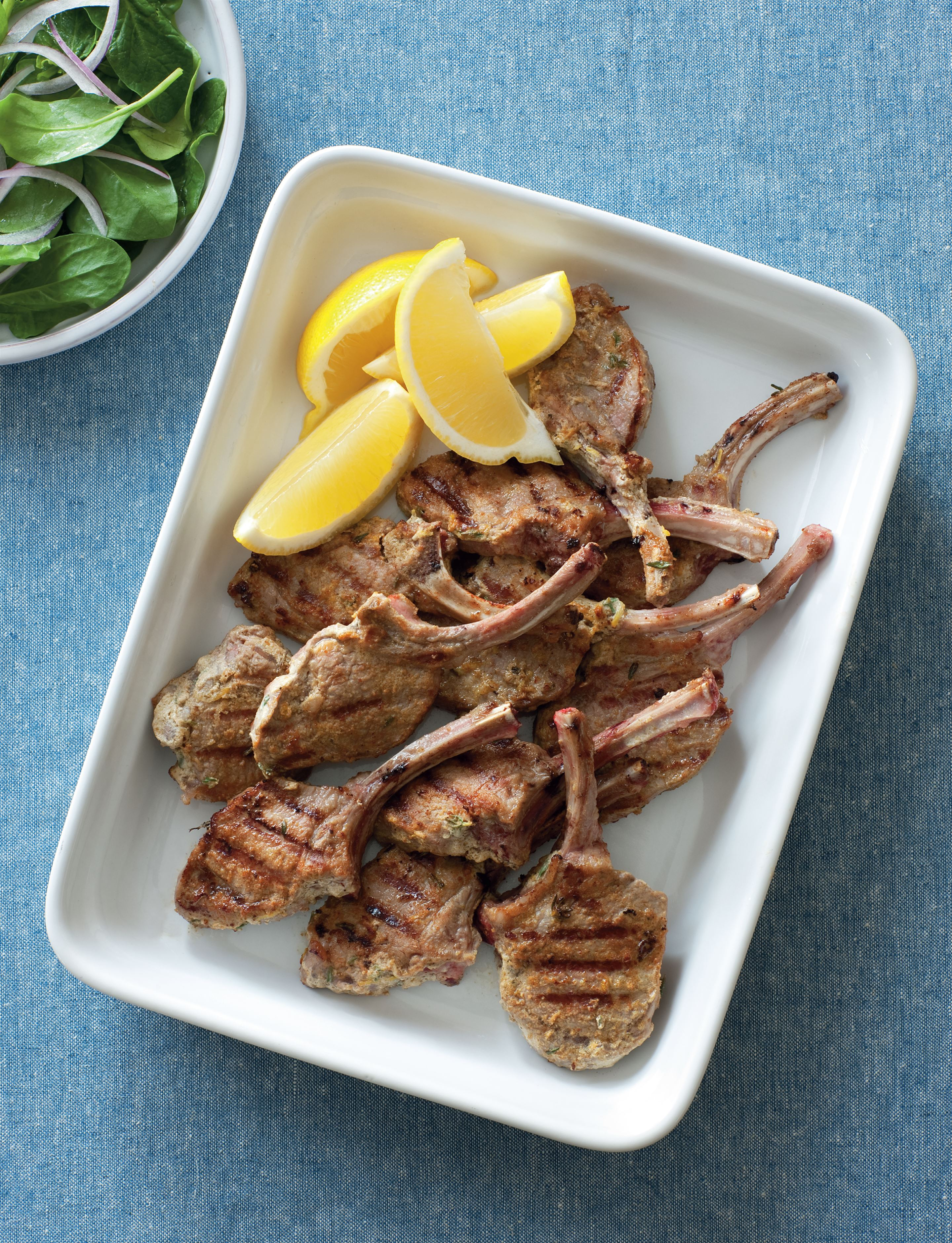 Lamb cutlets with cumin and yoghurt