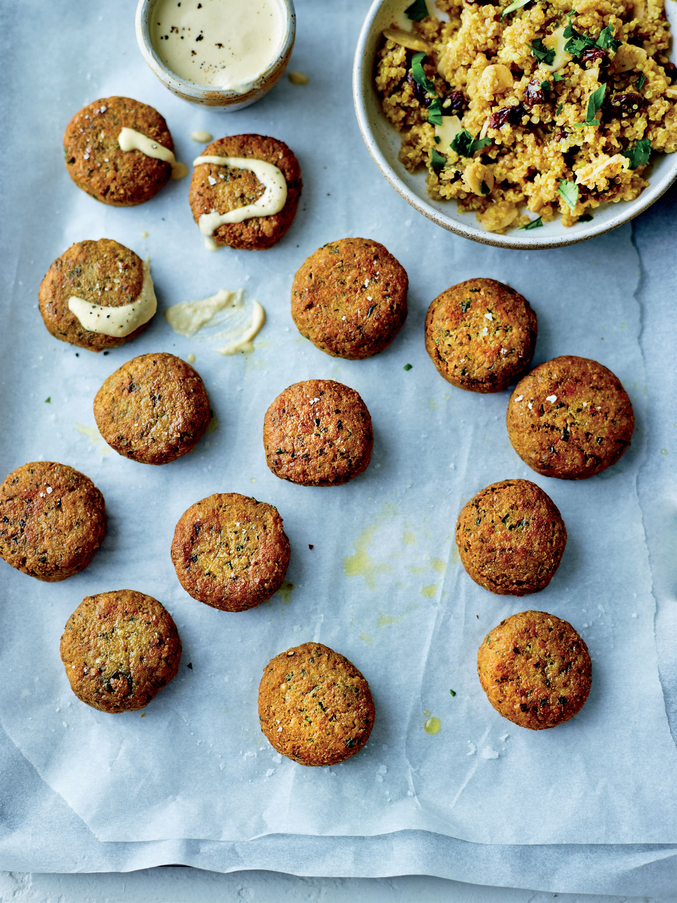 Immuno-falafels with quinoa and tahini