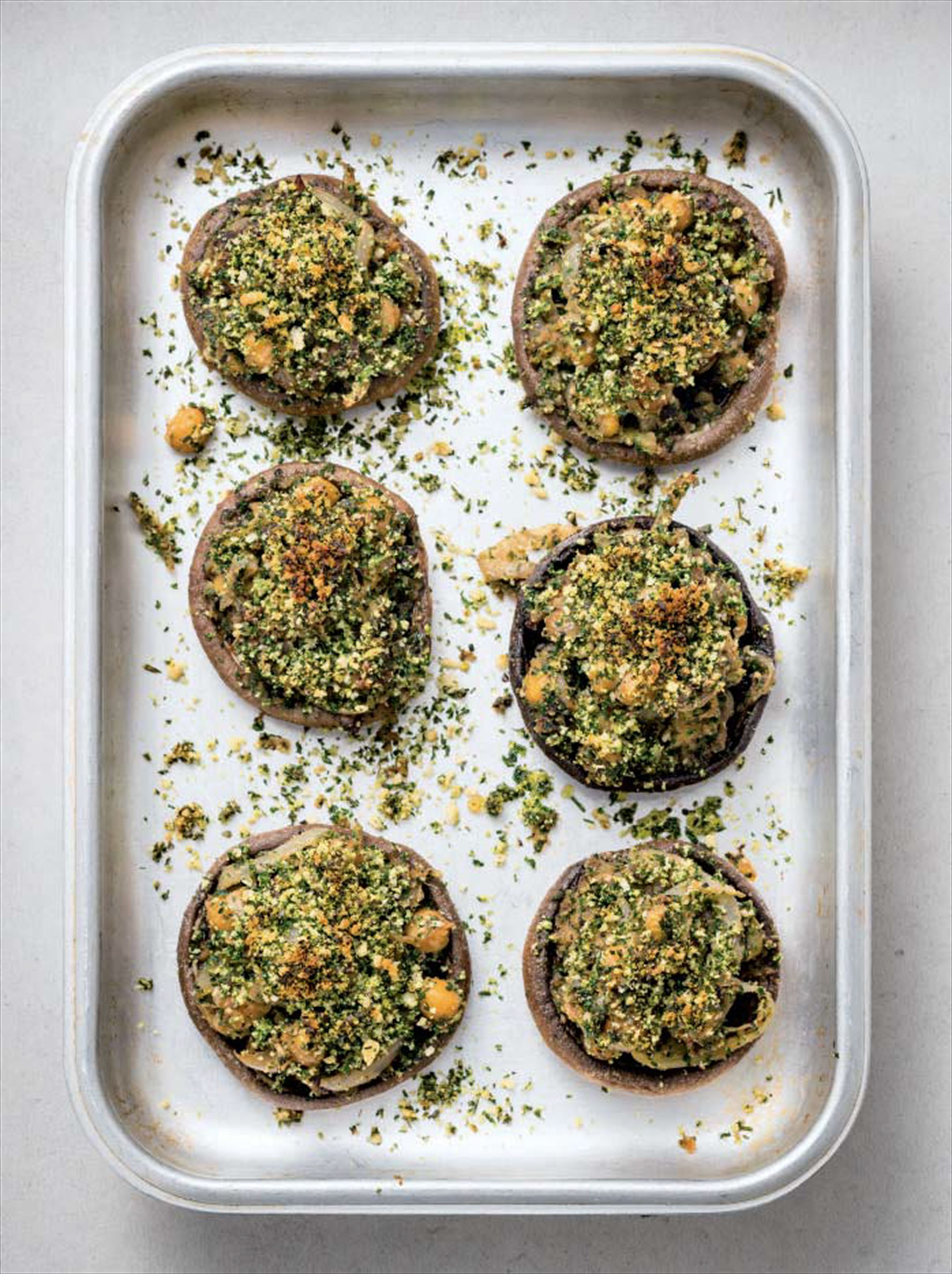 Stuffed mushrooms with Provencal breadcrumbs